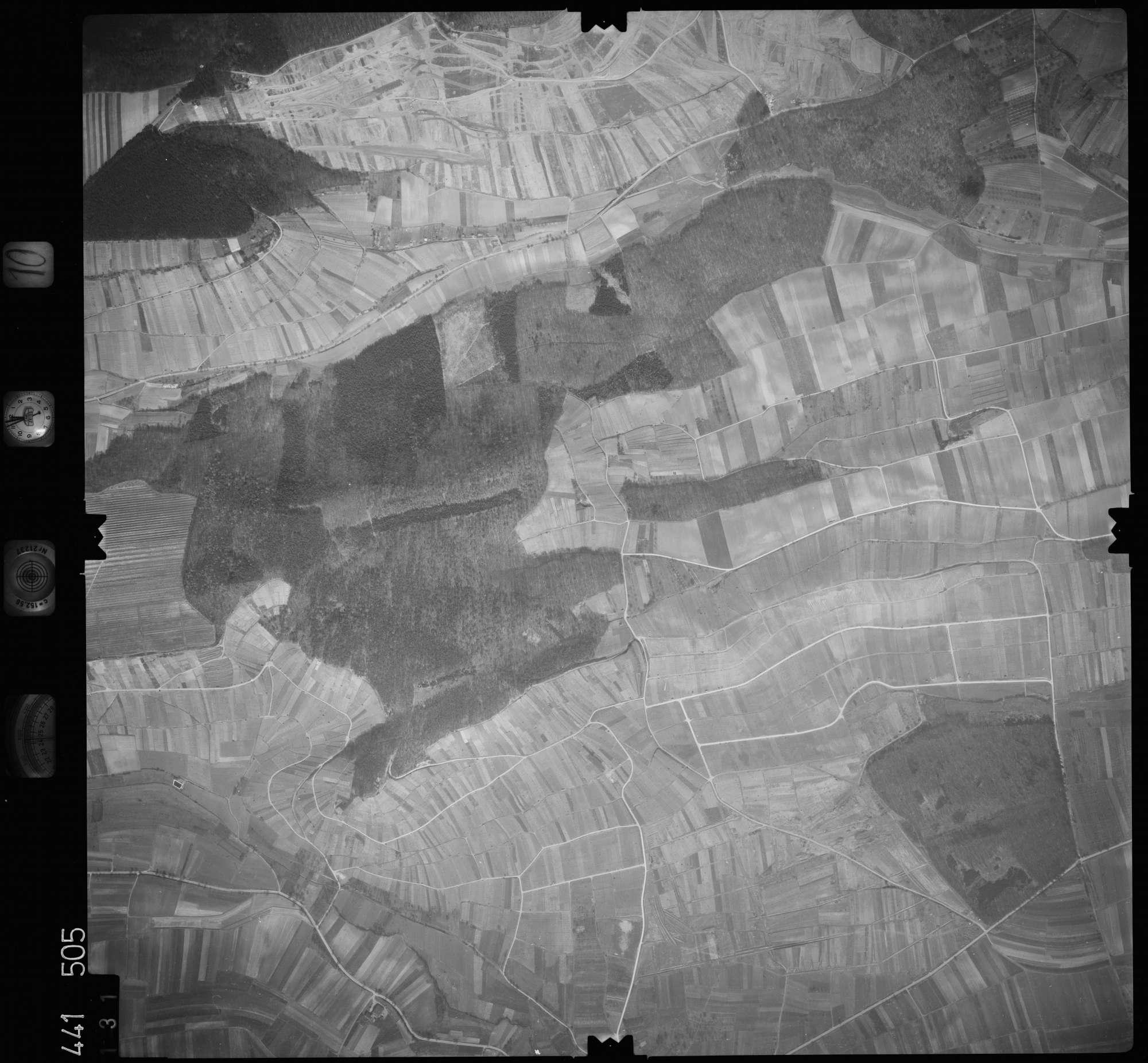 Luftbild: Film 10 Bildnr. 131, Bild 1
