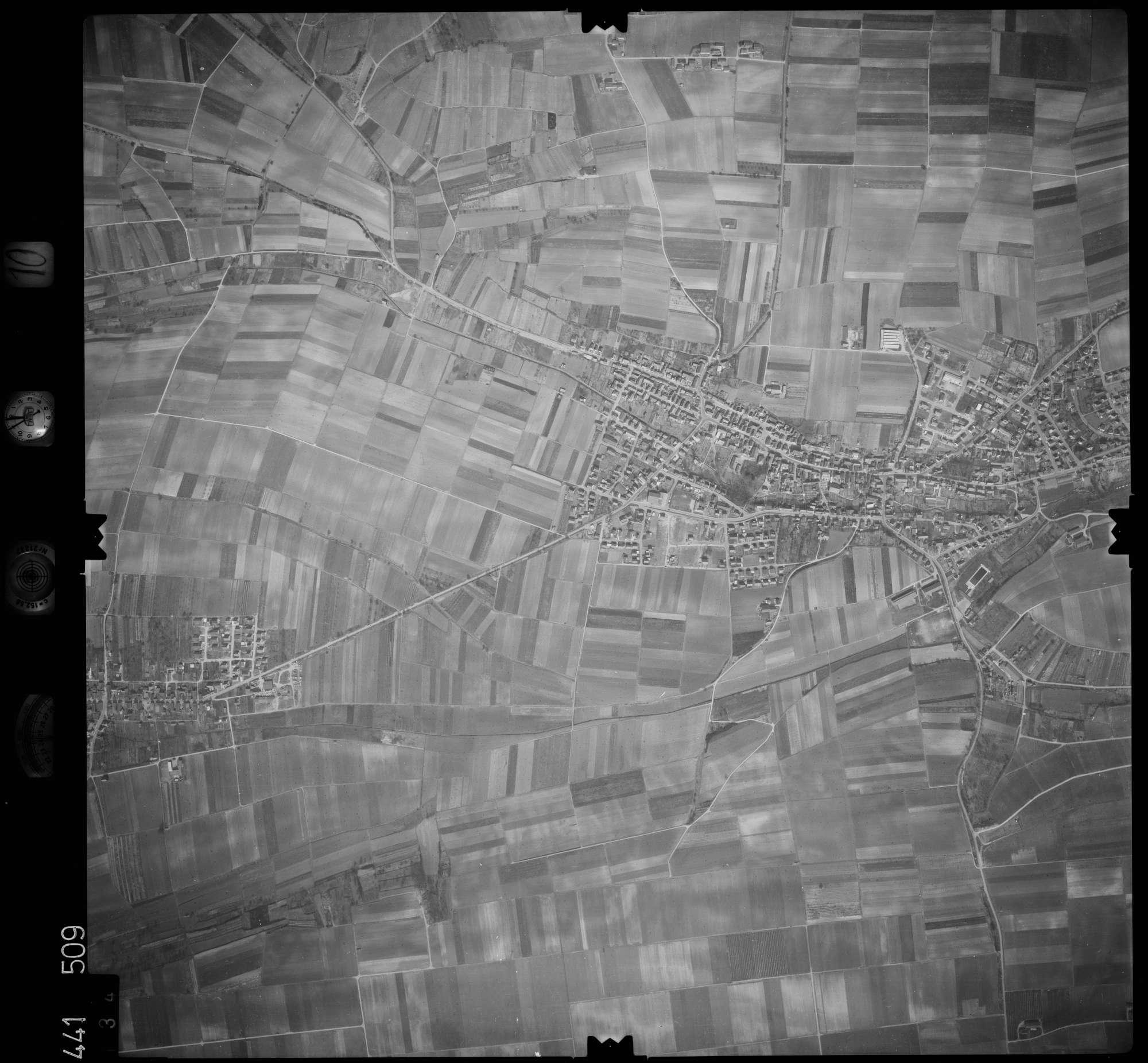 Luftbild: Film 10 Bildnr. 134, Bild 1