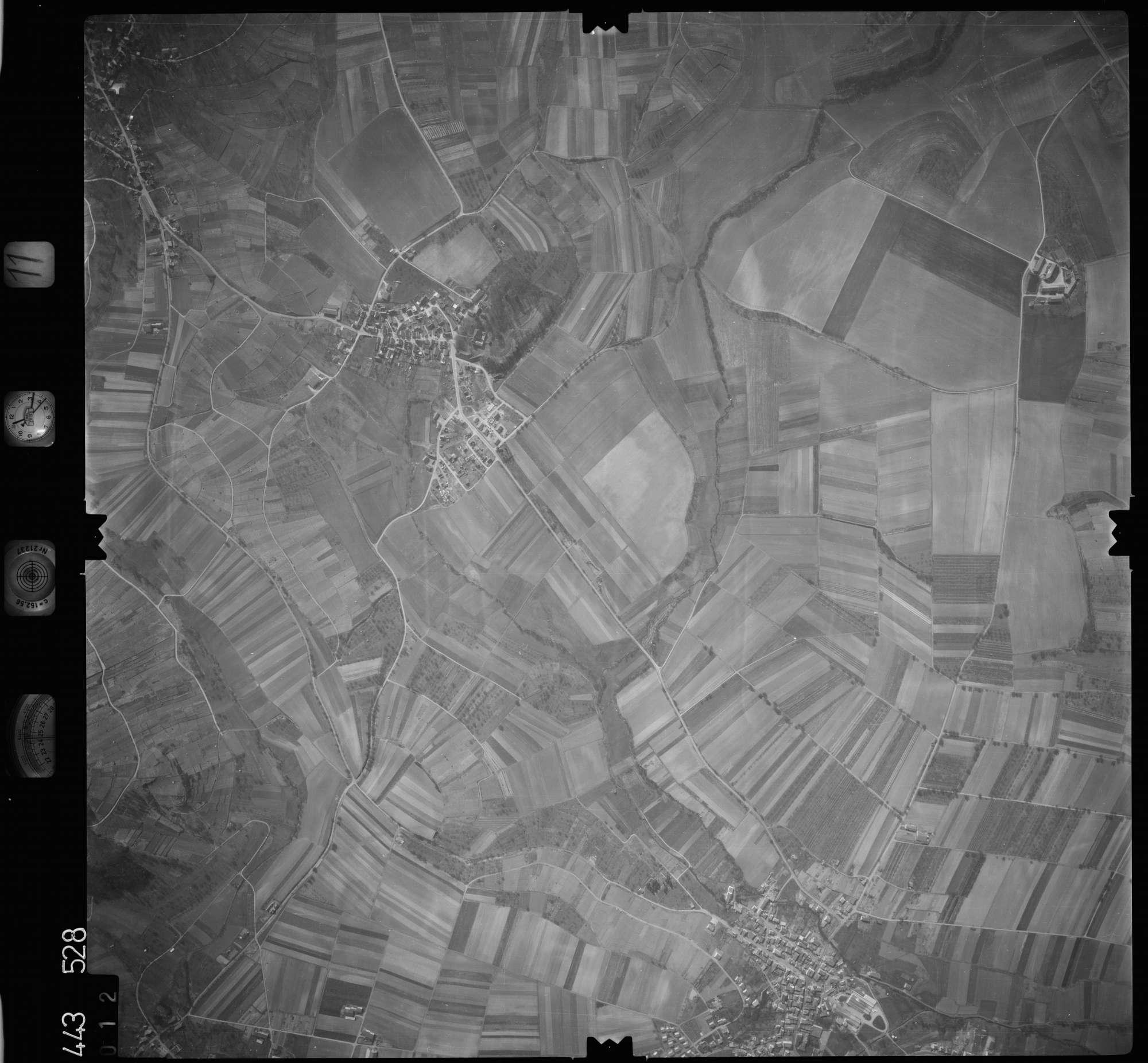 Luftbild: Film 11 Bildnr. 12, Bild 1
