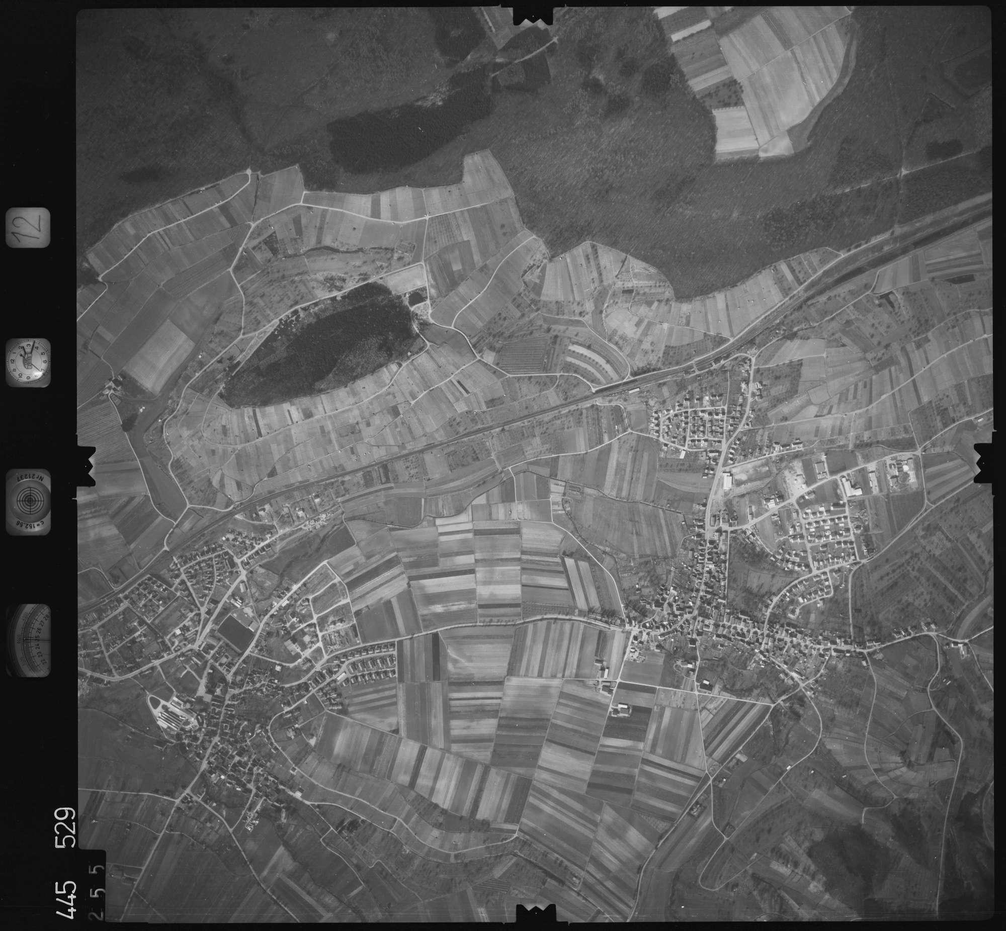 Luftbild: Film 12 Bildnr. 255, Bild 1