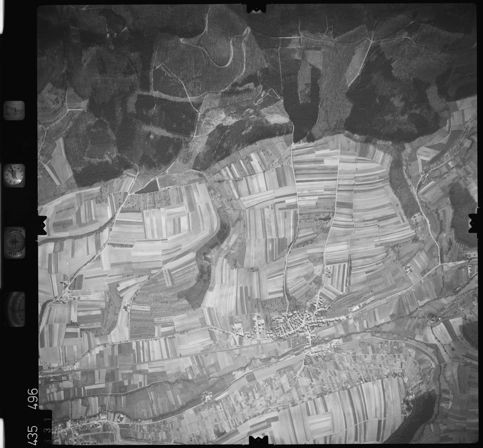 Luftbild: Film 7 Bildnr. 331, Bild 1