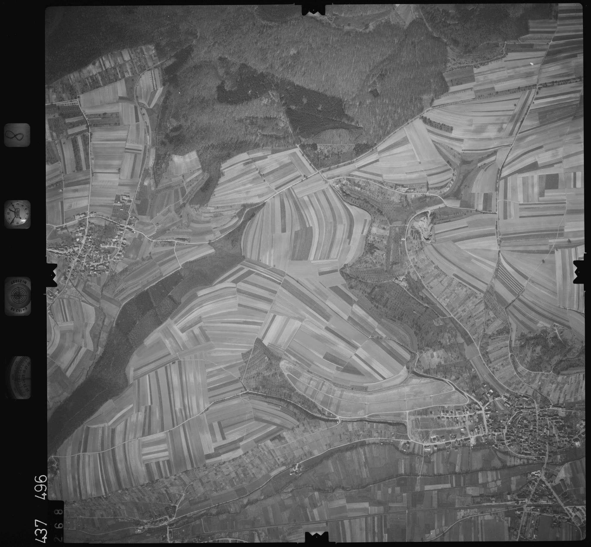 Luftbild: Film 8 Bildnr. 268, Bild 1
