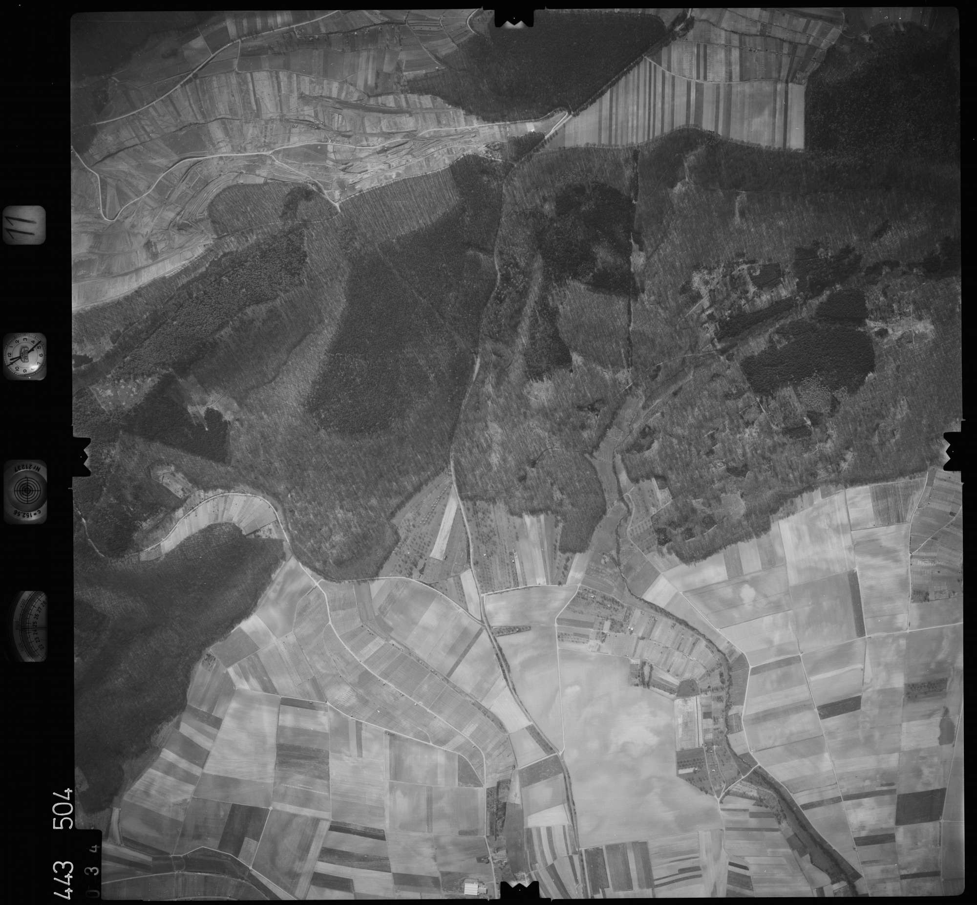 Luftbild: Film 11 Bildnr. 34, Bild 1