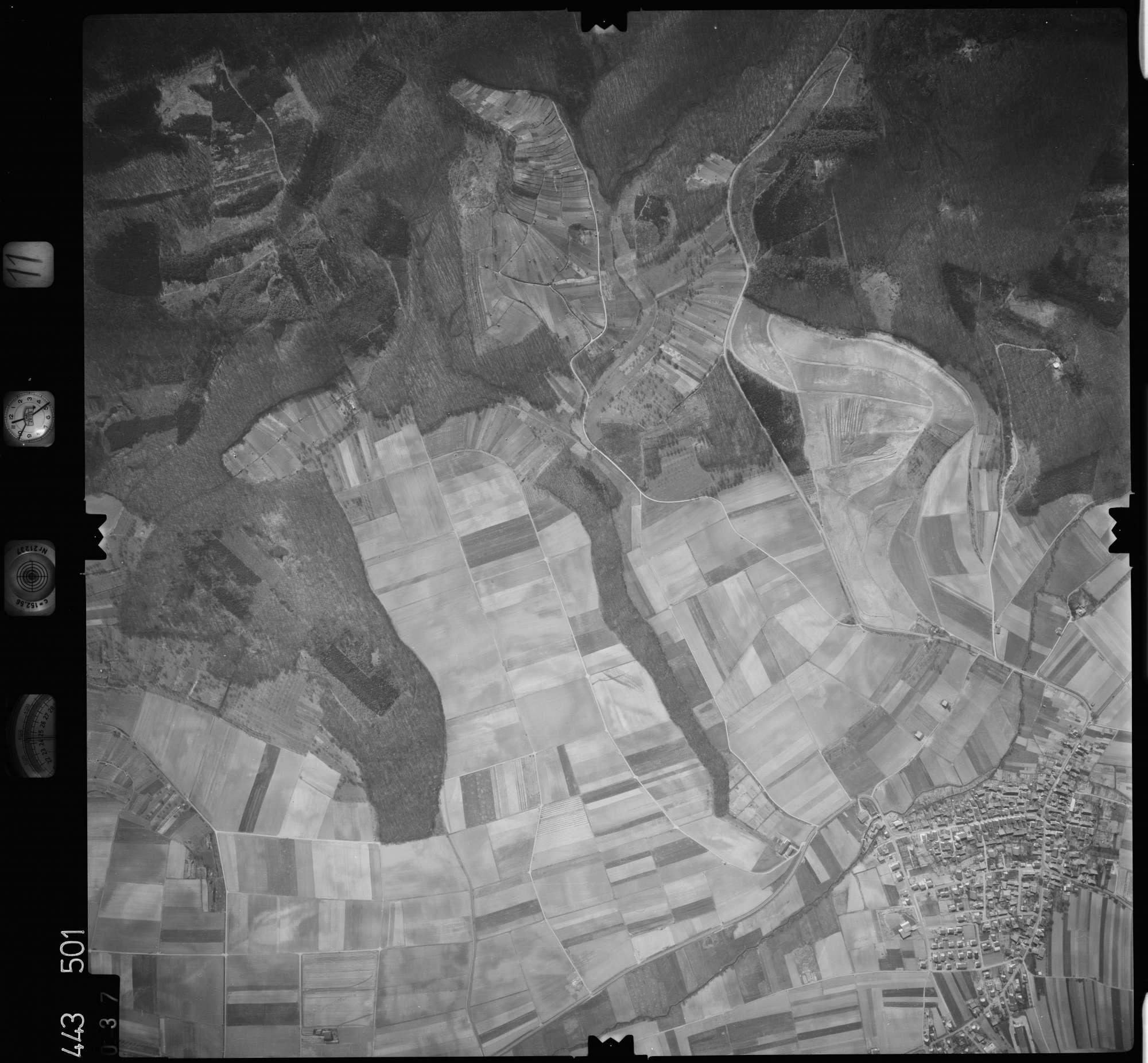 Luftbild: Film 11 Bildnr. 37, Bild 1