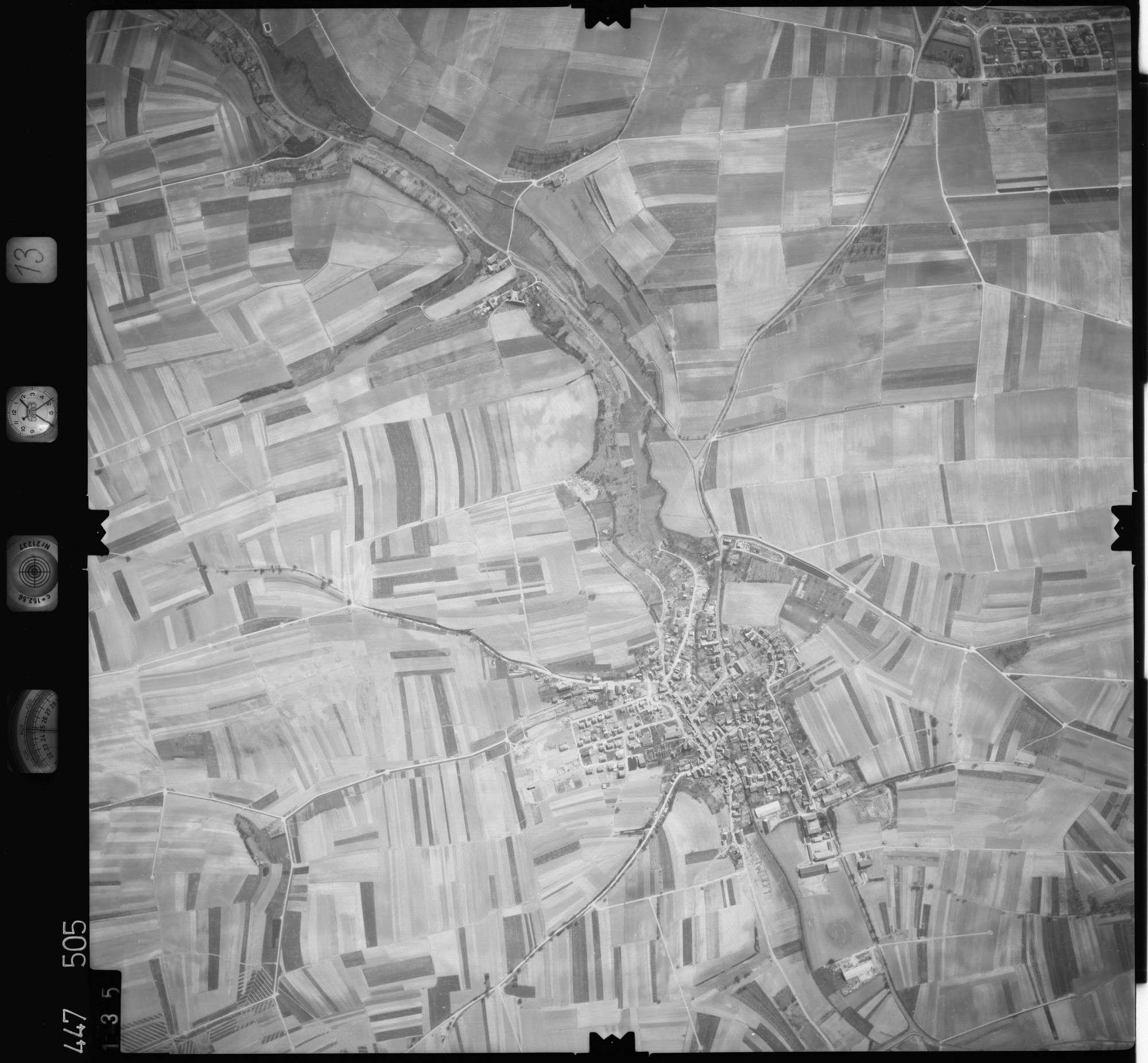 Luftbild: Film 13 Bildnr. 135, Bild 1