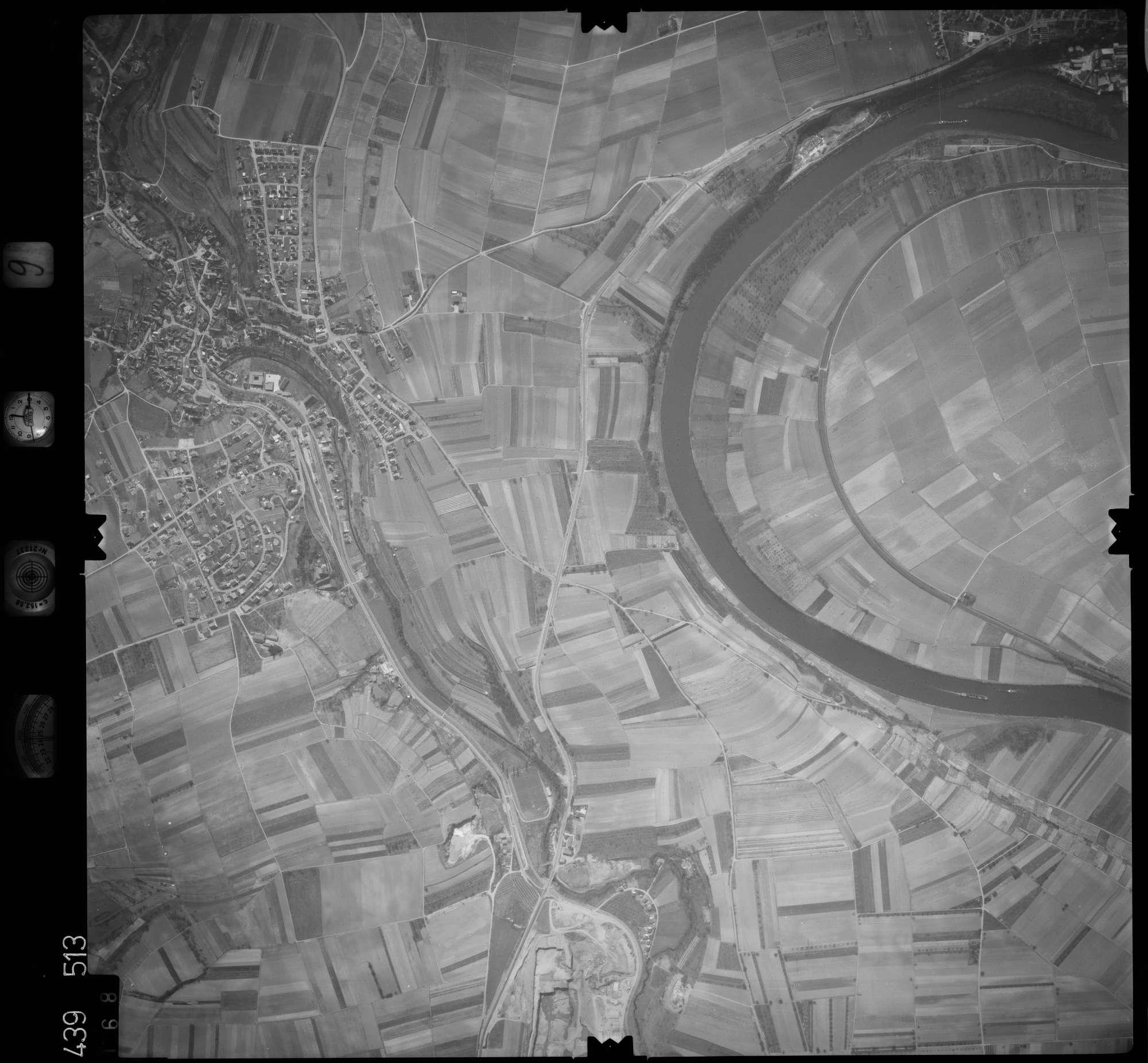 Luftbild: Film 9 Bildnr. 168, Bild 1