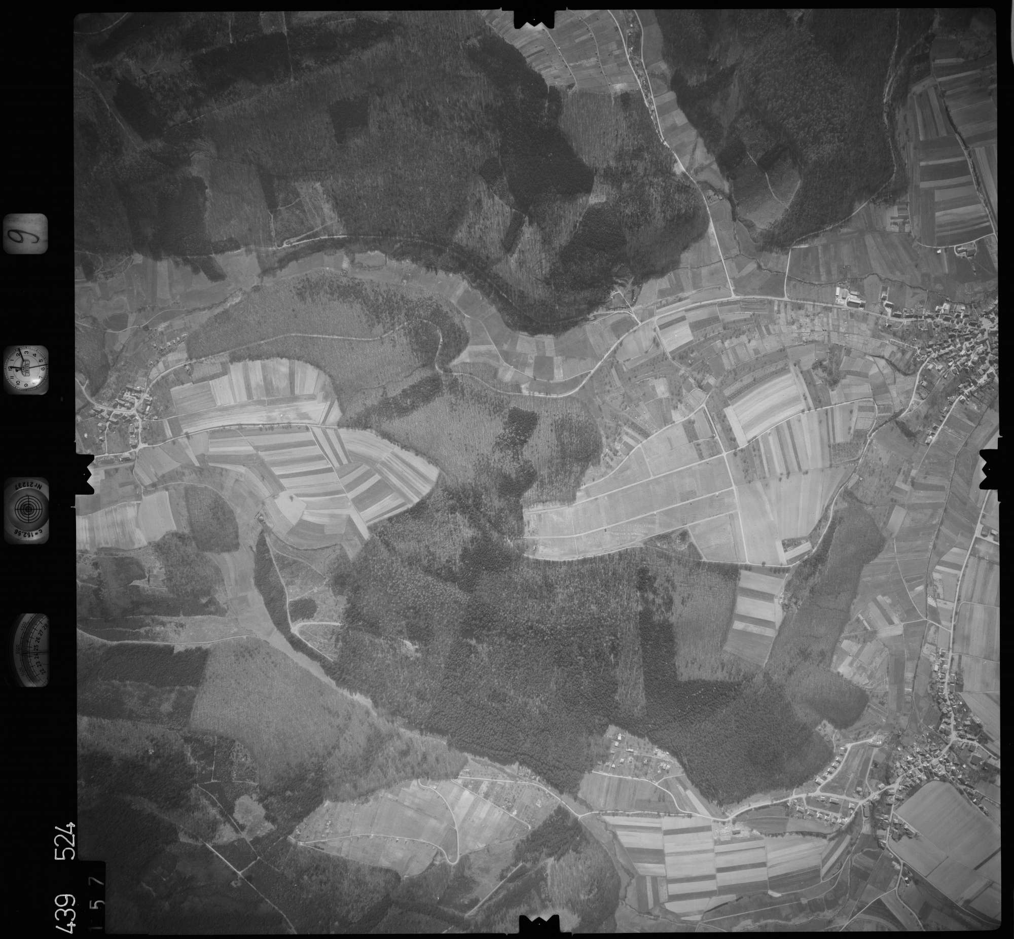 Luftbild: Film 9 Bildnr. 157, Bild 1