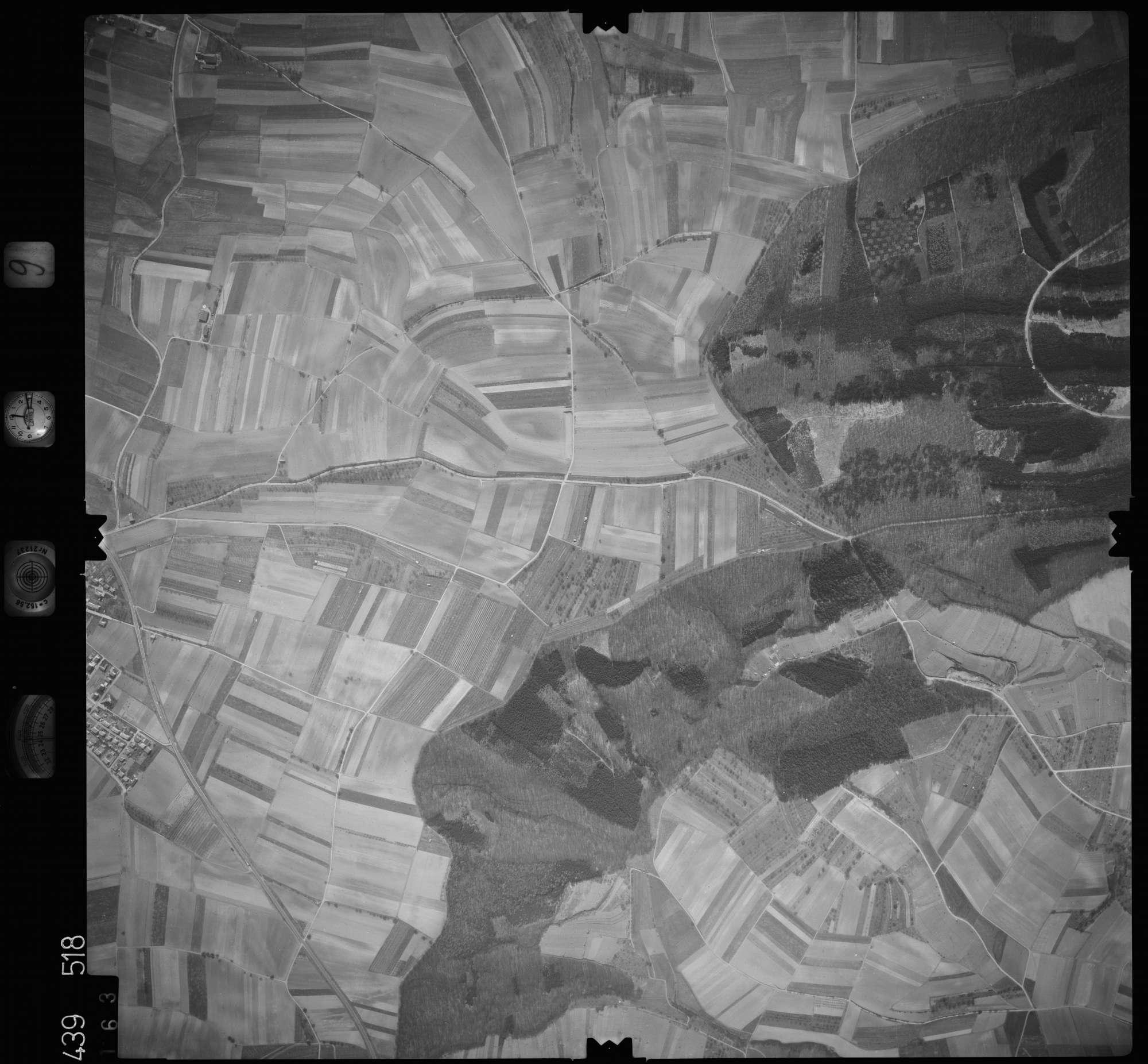 Luftbild: Film 9 Bildnr. 163, Bild 1