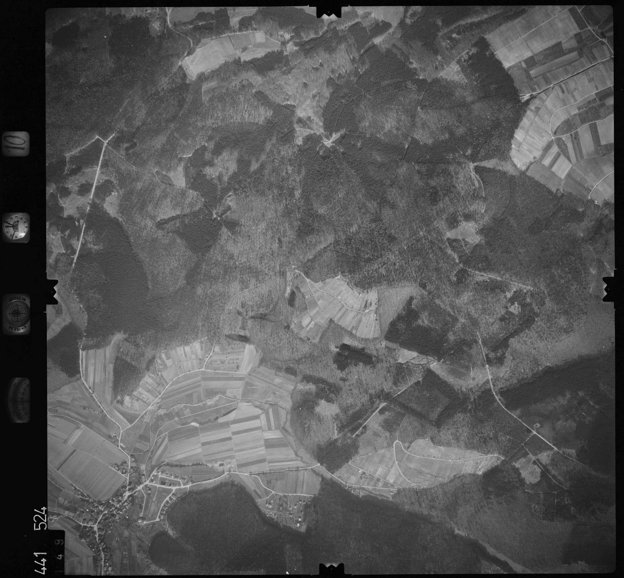 Luftbild: Film 10 Bildnr. 149, Bild 1