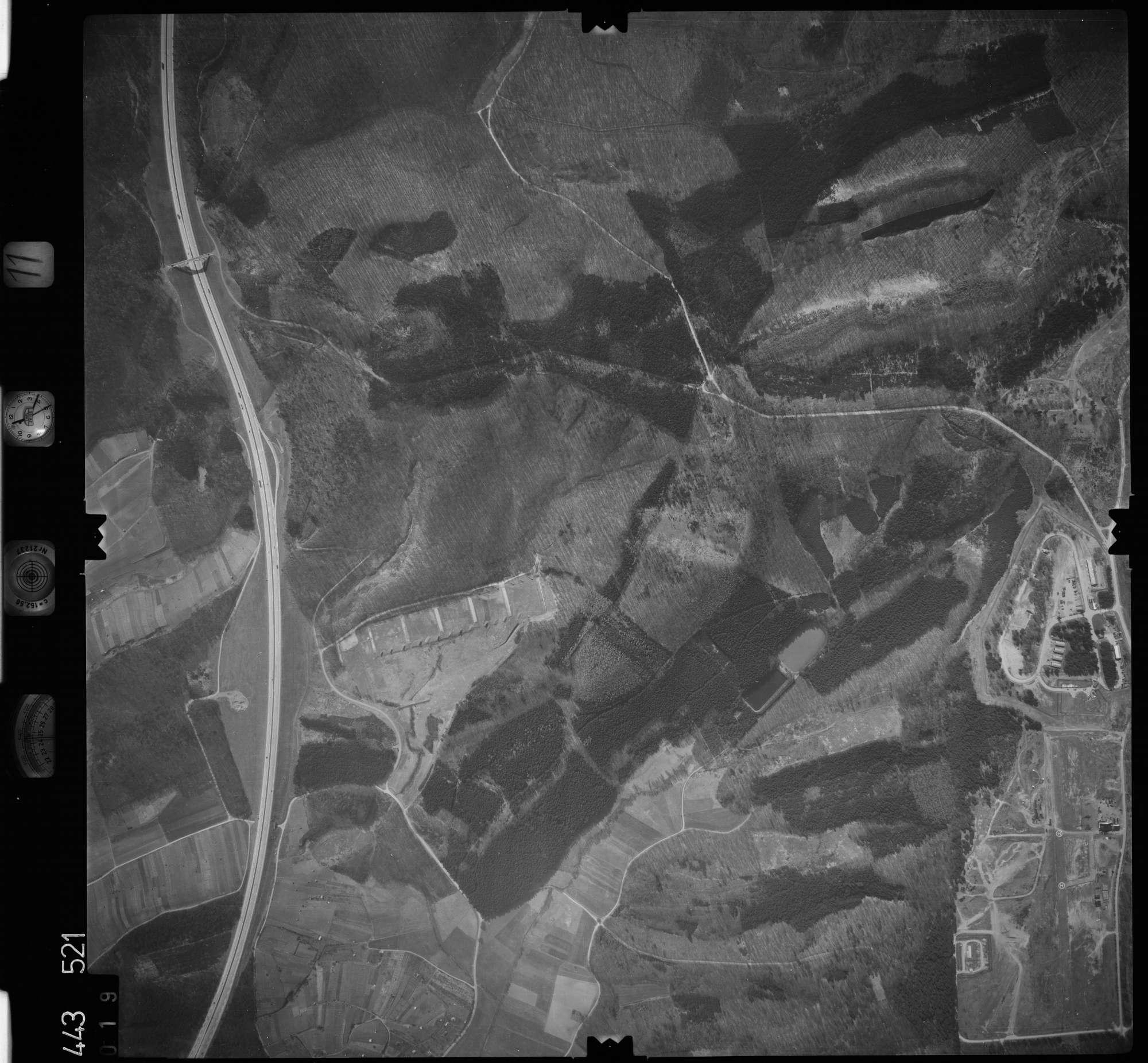 Luftbild: Film 11 Bildnr. 19, Bild 1