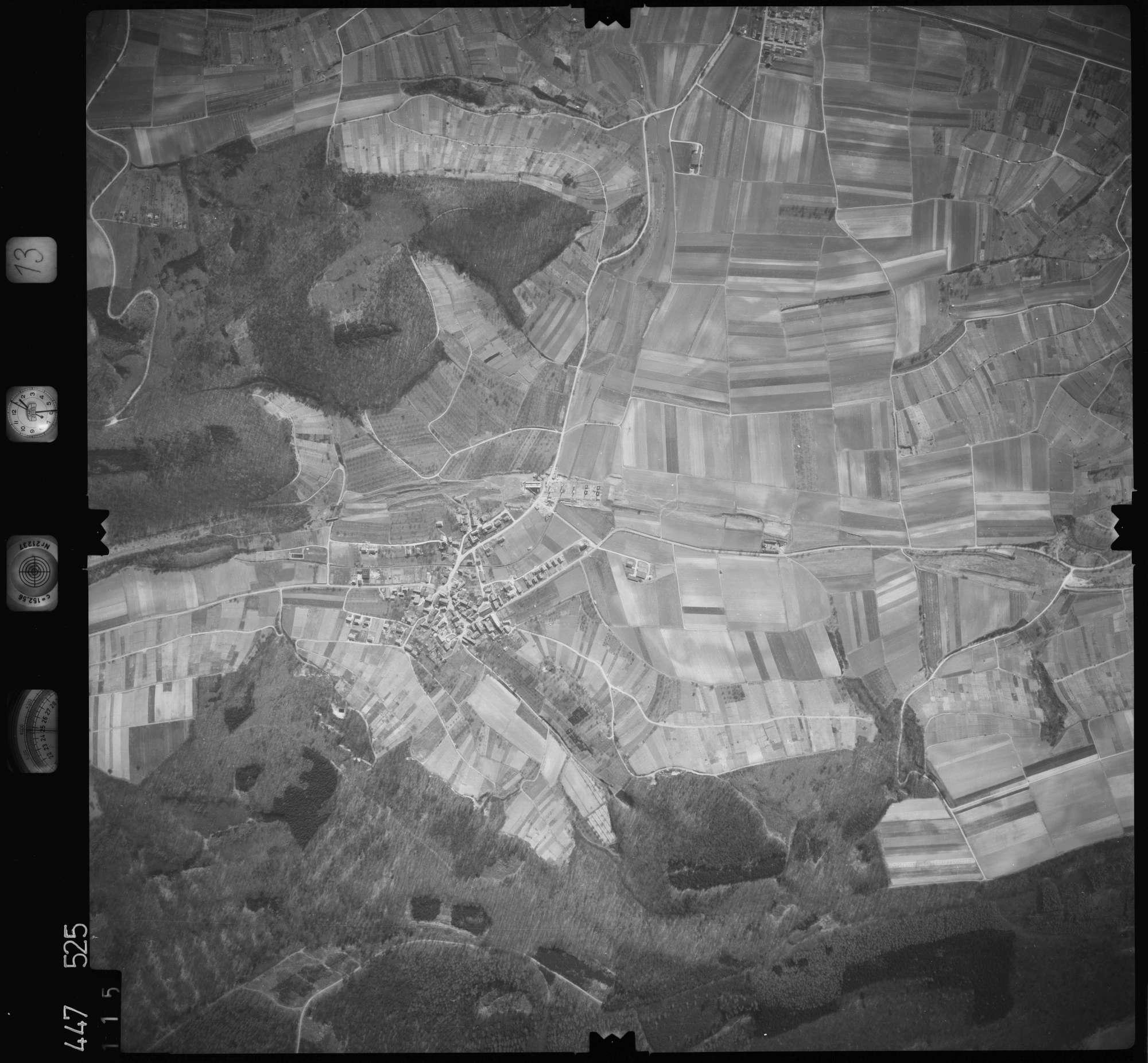 Luftbild: Film 13 Bildnr. 115, Bild 1