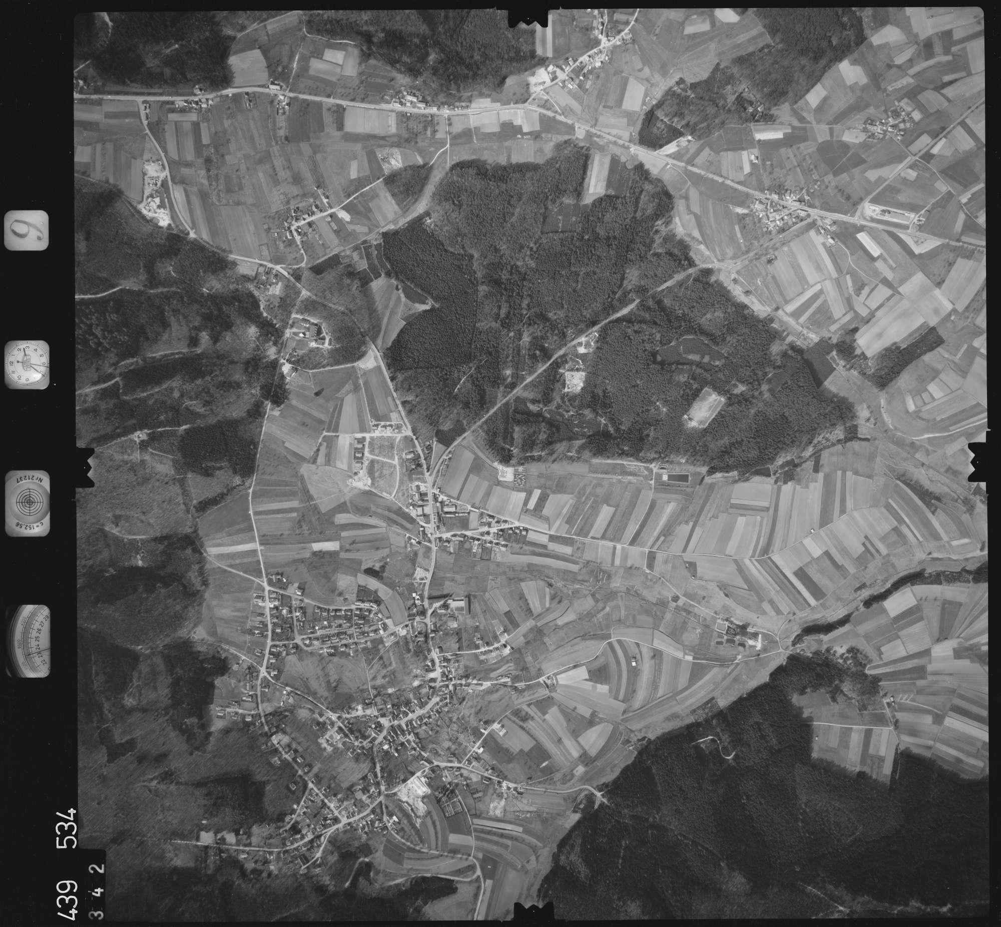 Luftbild: Film 9 Bildnr. 342, Bild 1