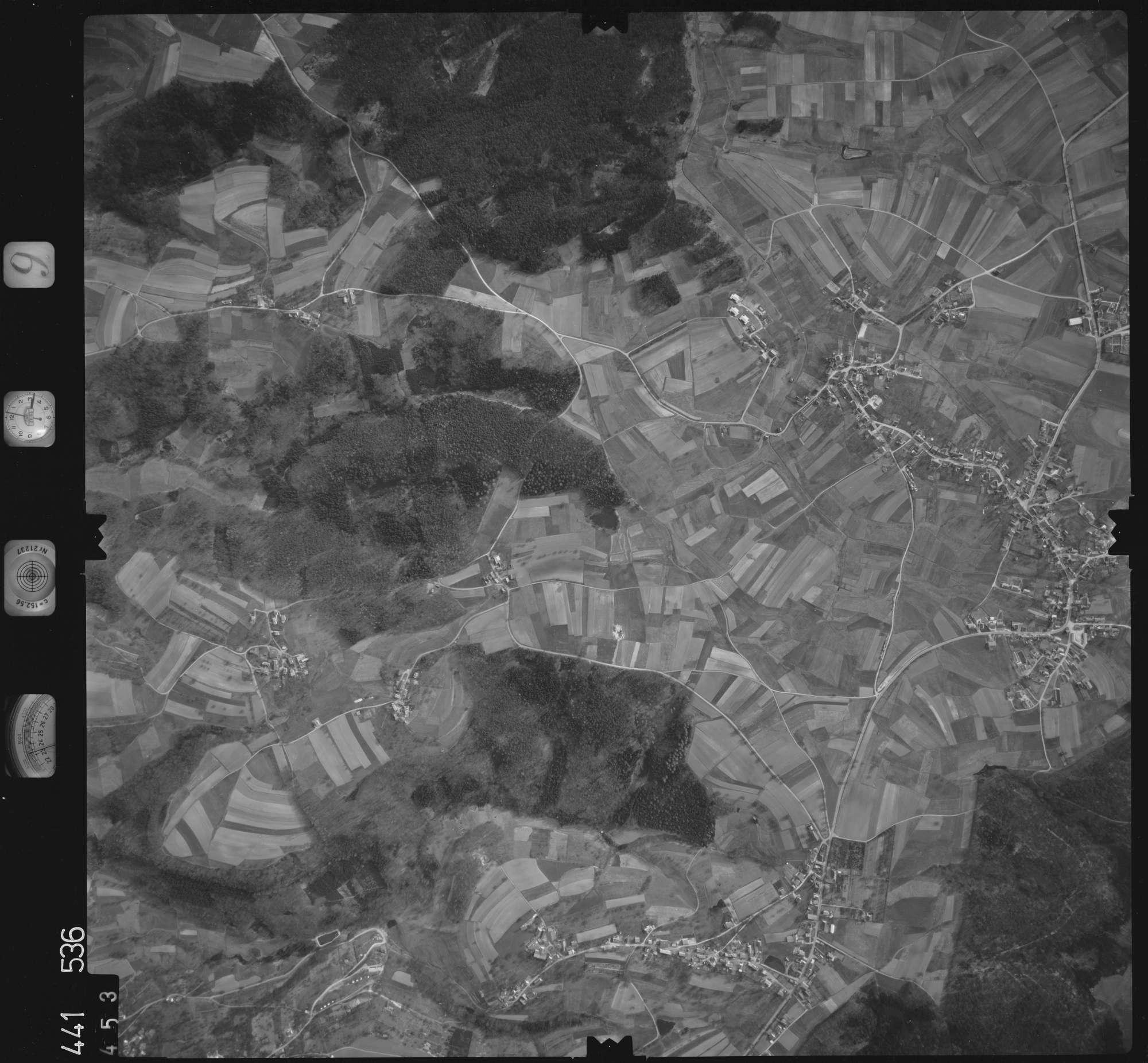Luftbild: Film 10 Bildnr. 453, Bild 1