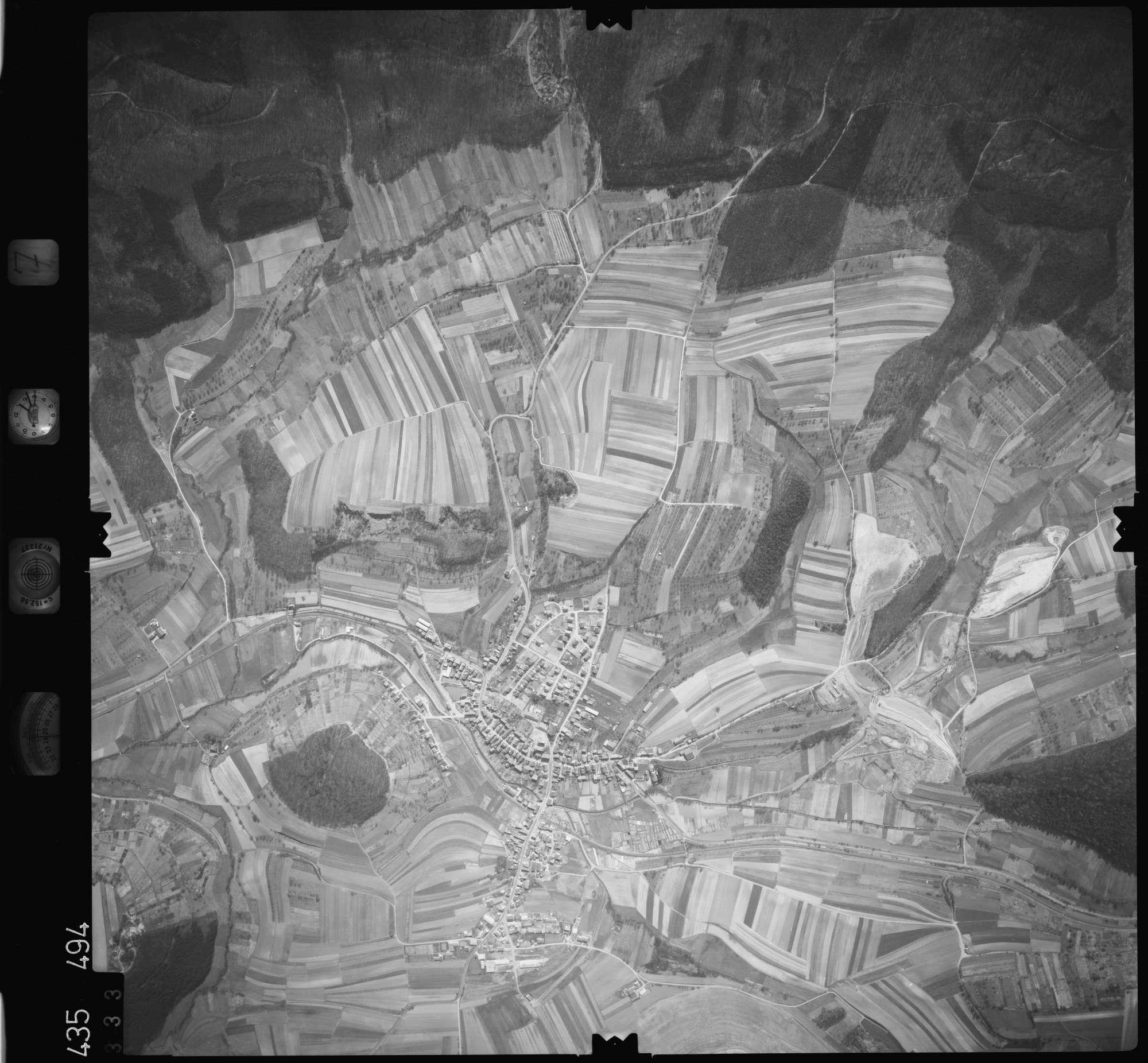 Luftbild: Film 7 Bildnr. 333, Bild 1