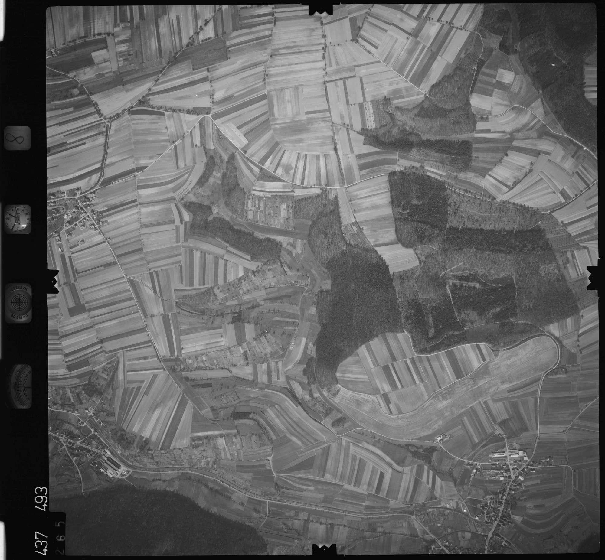 Luftbild: Film 8 Bildnr. 265, Bild 1
