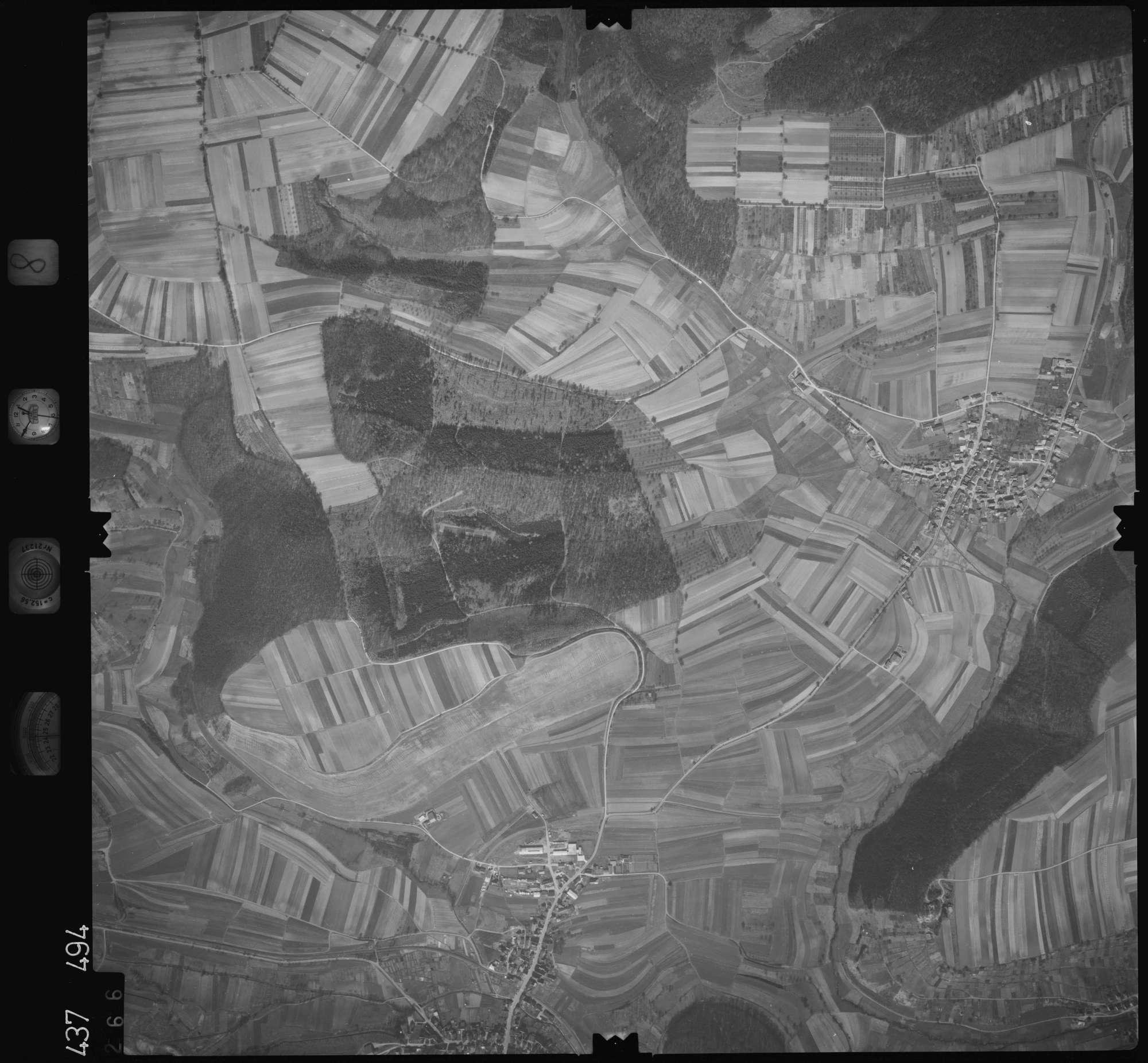 Luftbild: Film 8 Bildnr. 266, Bild 1