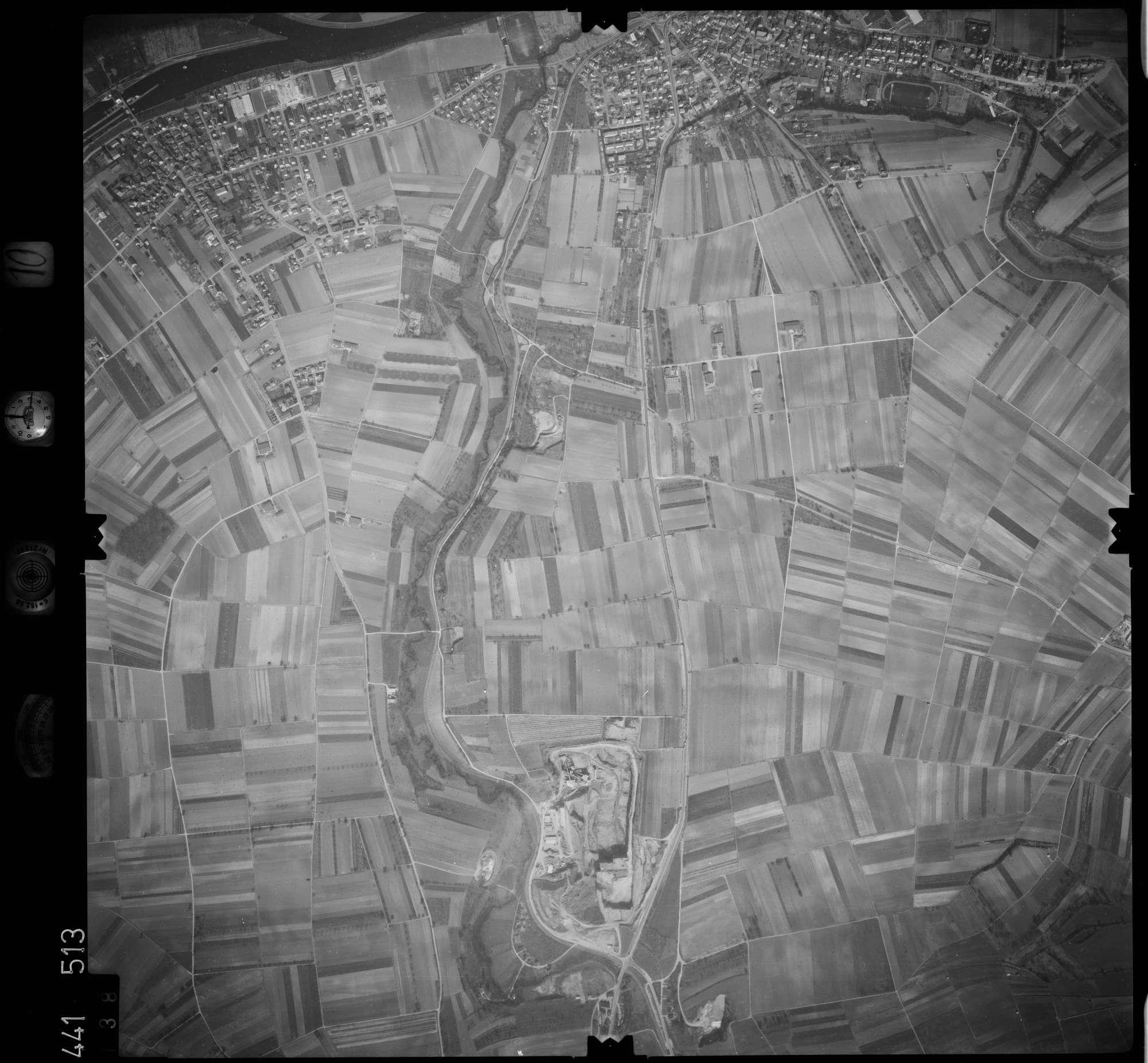 Luftbild: Film 10 Bildnr. 138, Bild 1