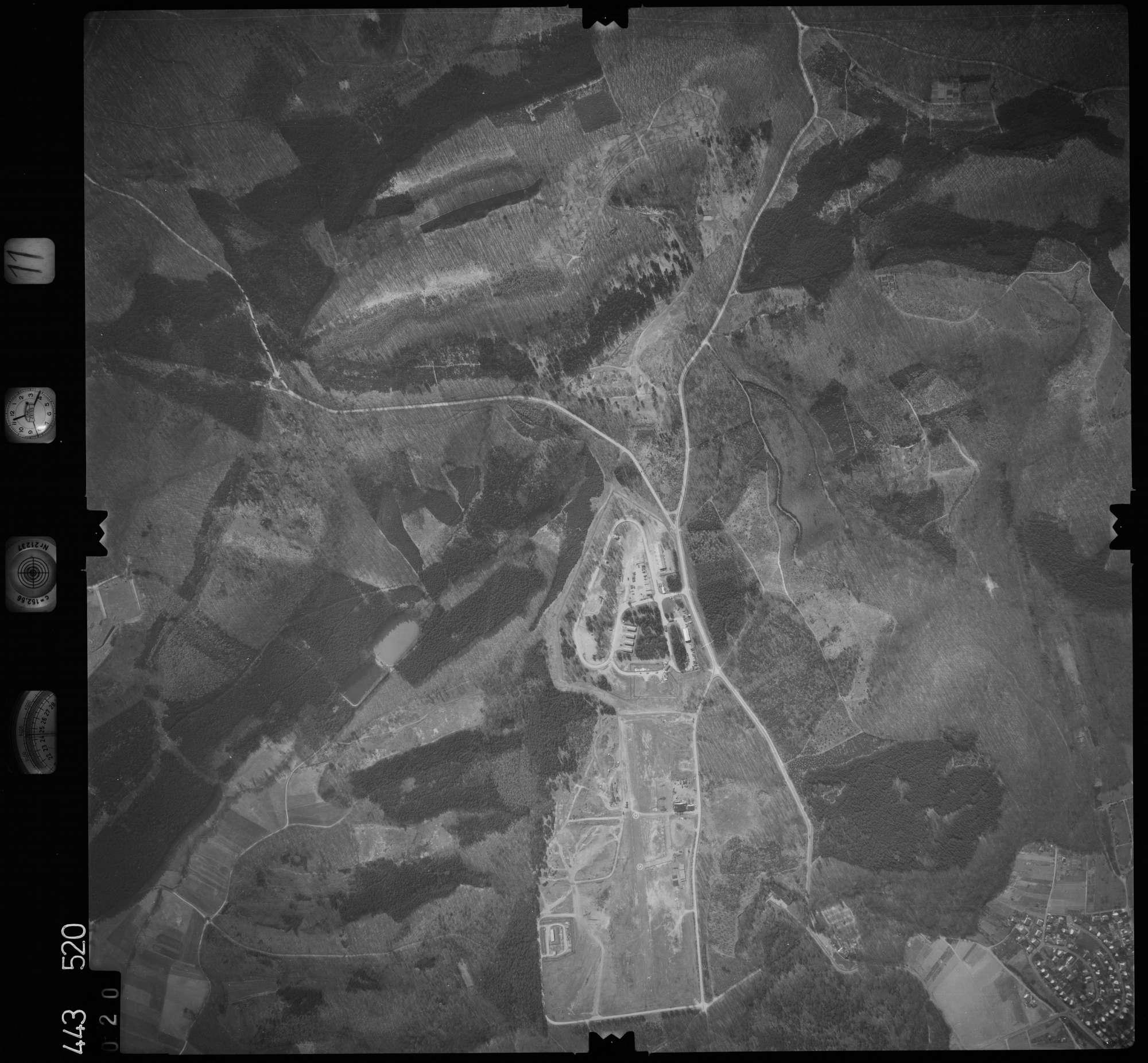Luftbild: Film 11 Bildnr. 20, Bild 1