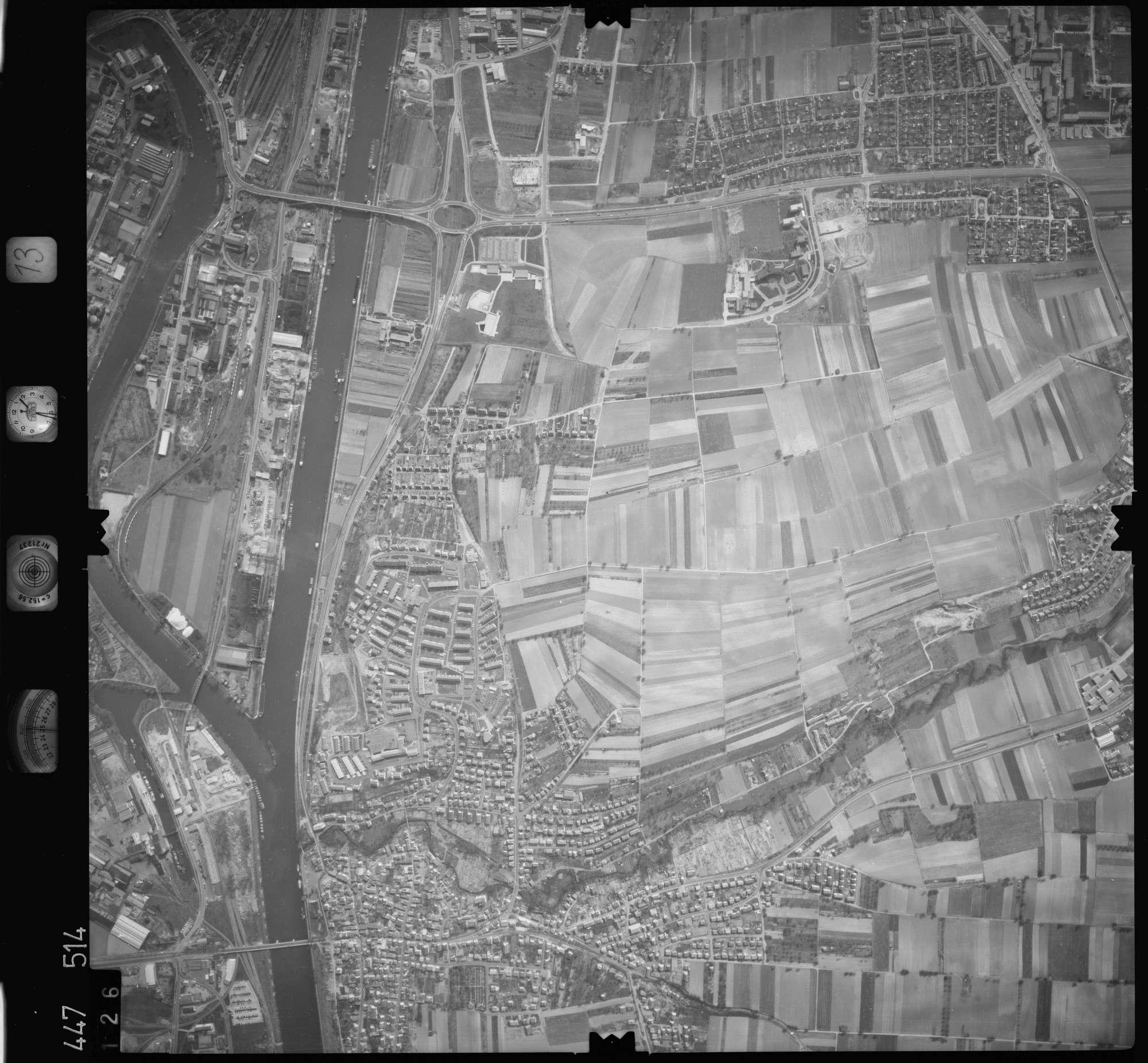 Luftbild: Film 13 Bildnr. 126, Bild 1