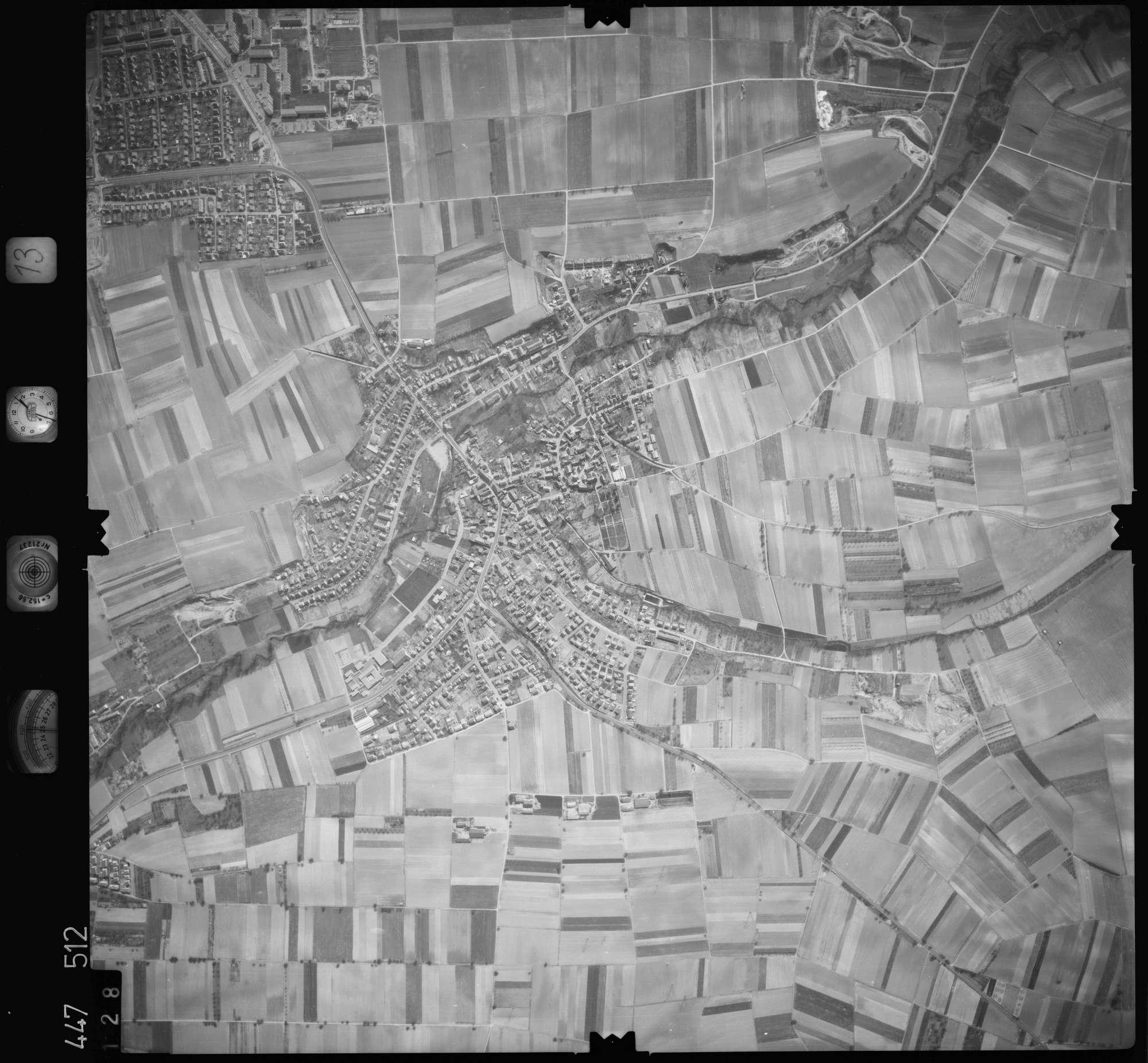 Luftbild: Film 13 Bildnr. 128, Bild 1