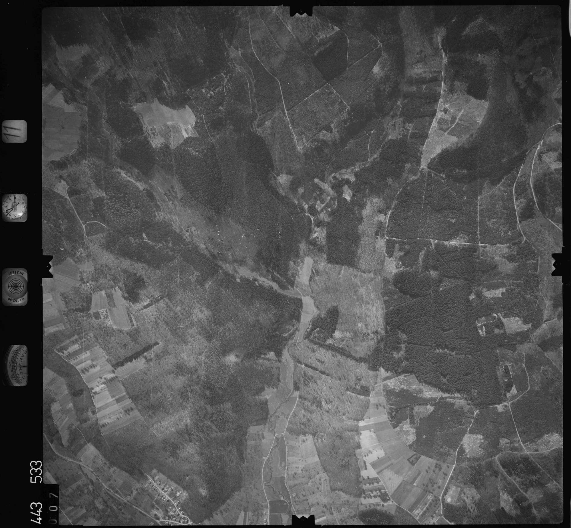Luftbild: Film 11 Bildnr. 7, Bild 1