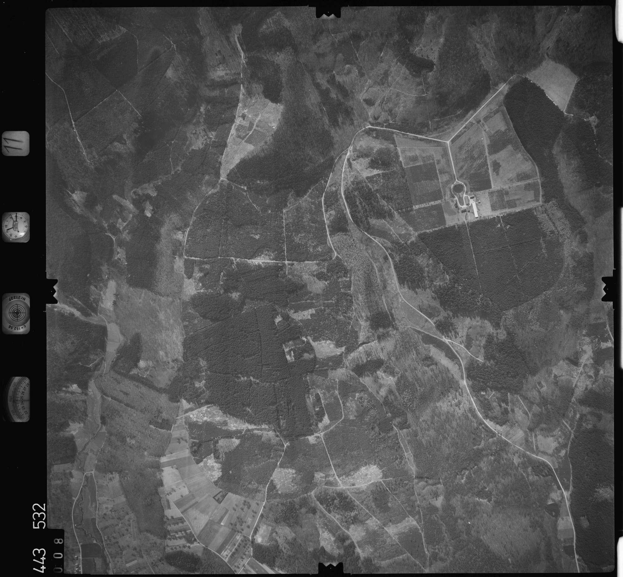 Luftbild: Film 11 Bildnr. 8, Bild 1
