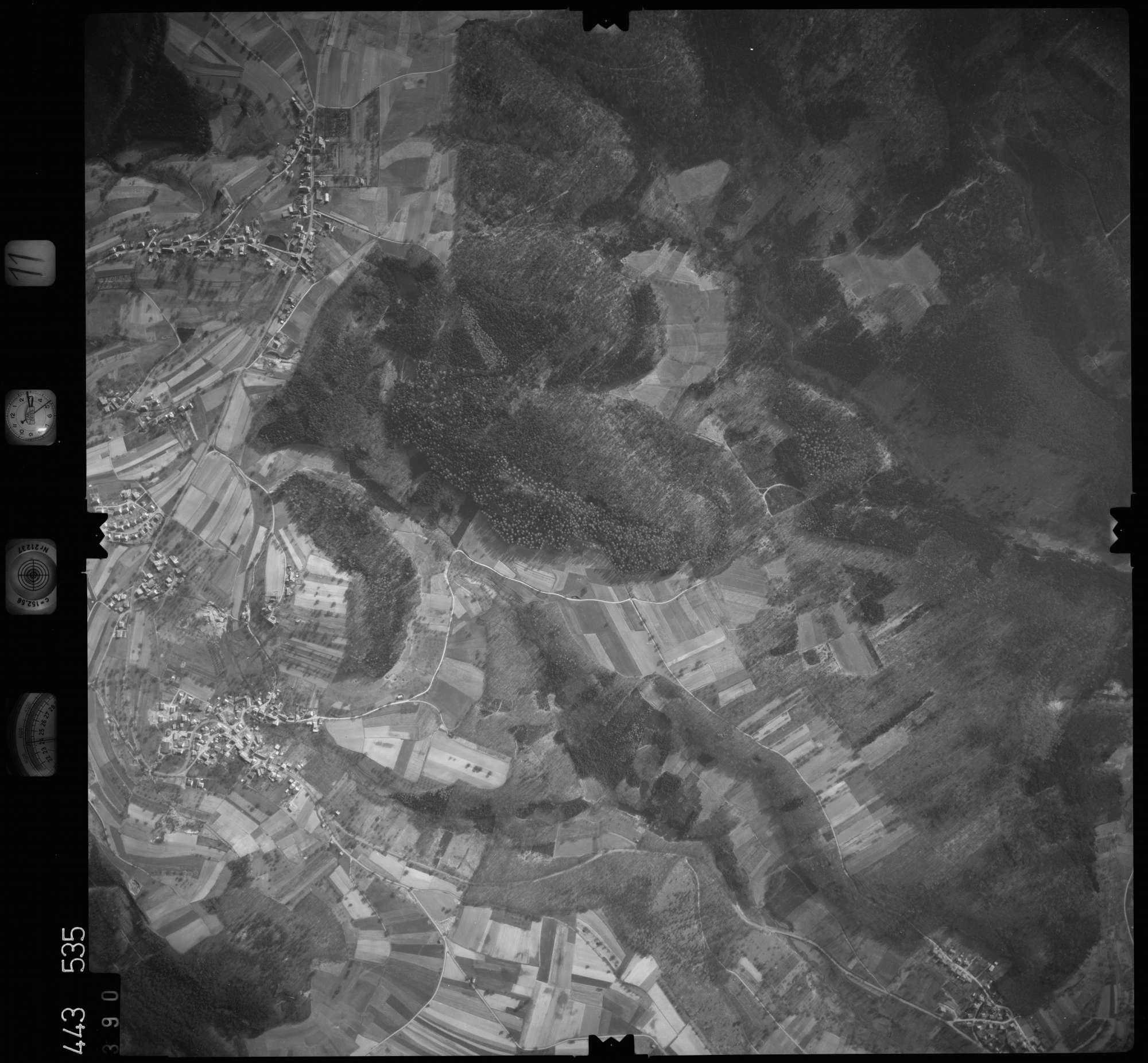 Luftbild: Film 11 Bildnr. 390, Bild 1