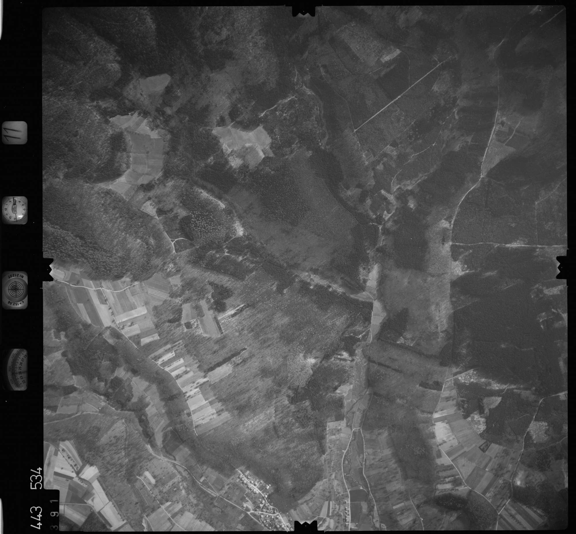 Luftbild: Film 11 Bildnr. 391, Bild 1