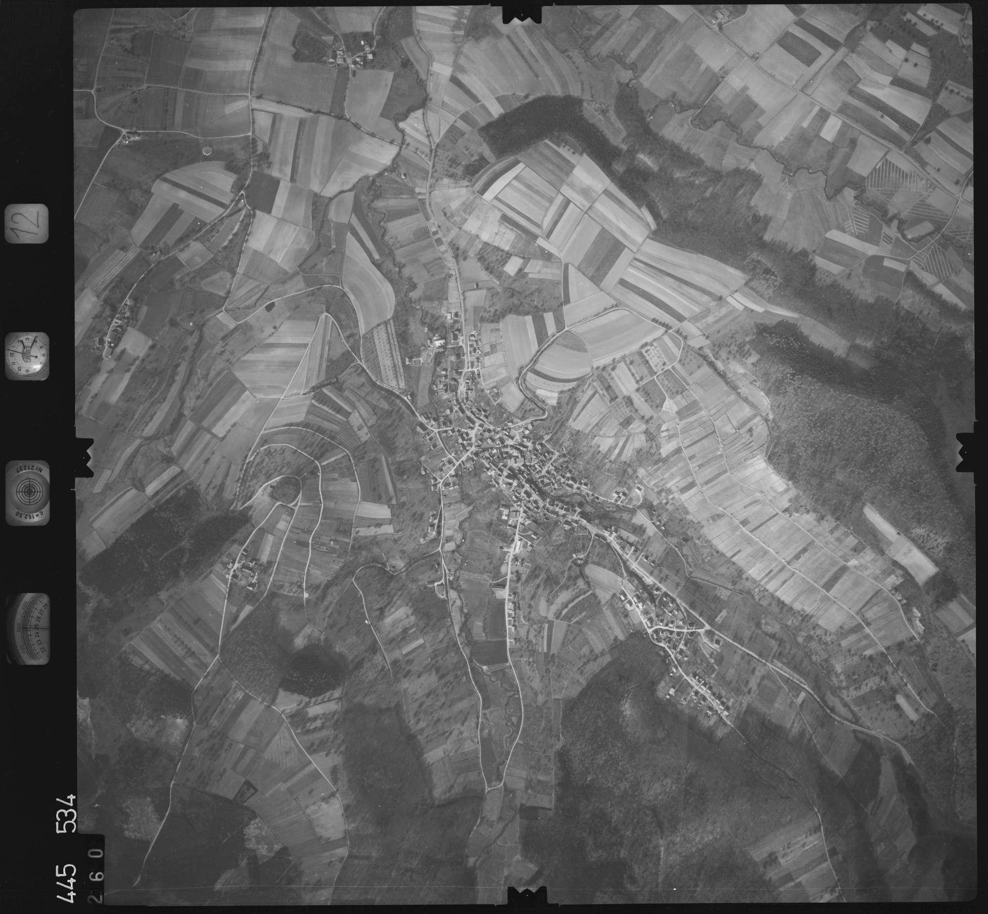 Luftbild: Film 12 Bildnr. 260, Bild 1