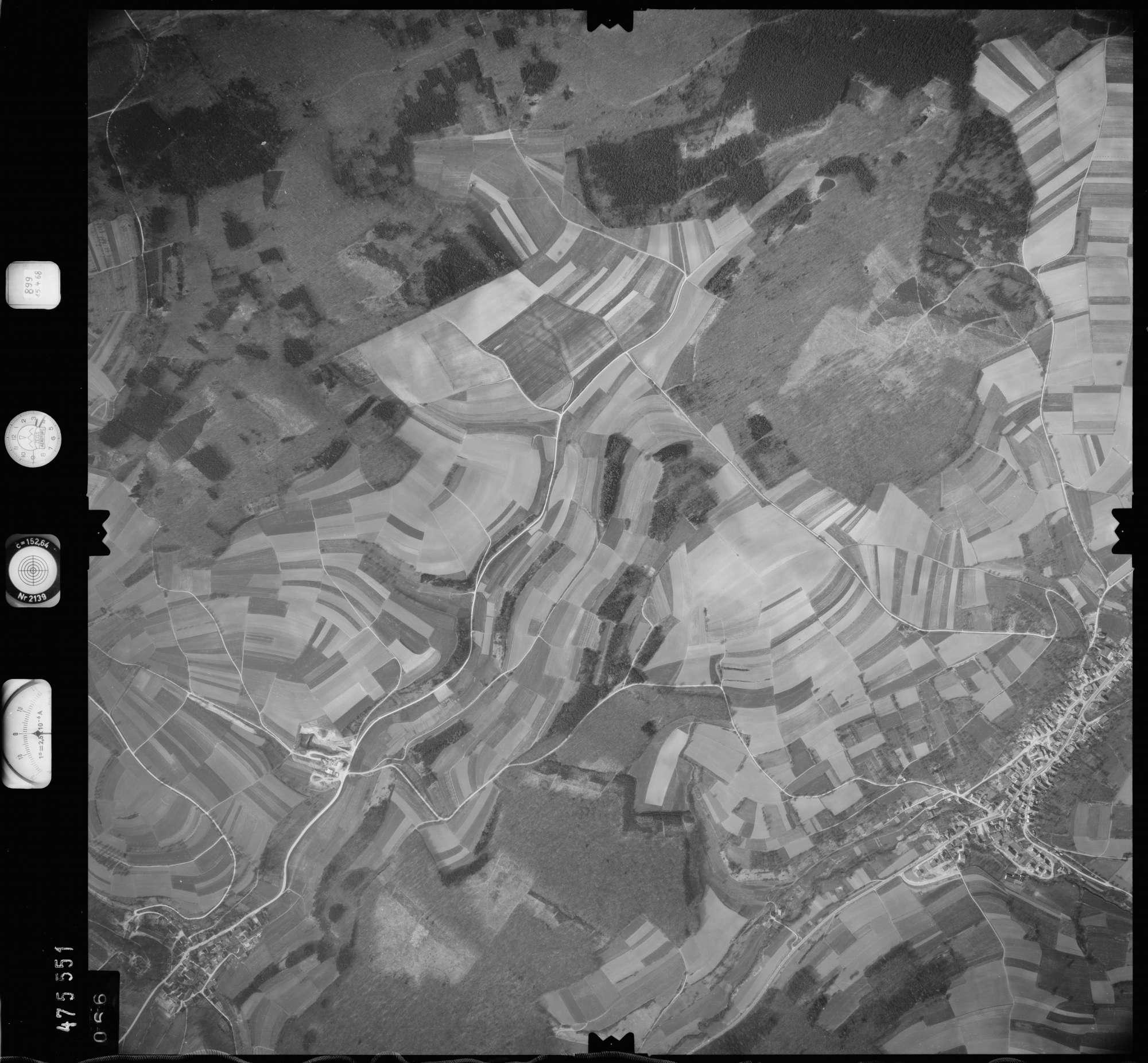 Luftbild: Film 899 Bildnr. 66, Bild 1