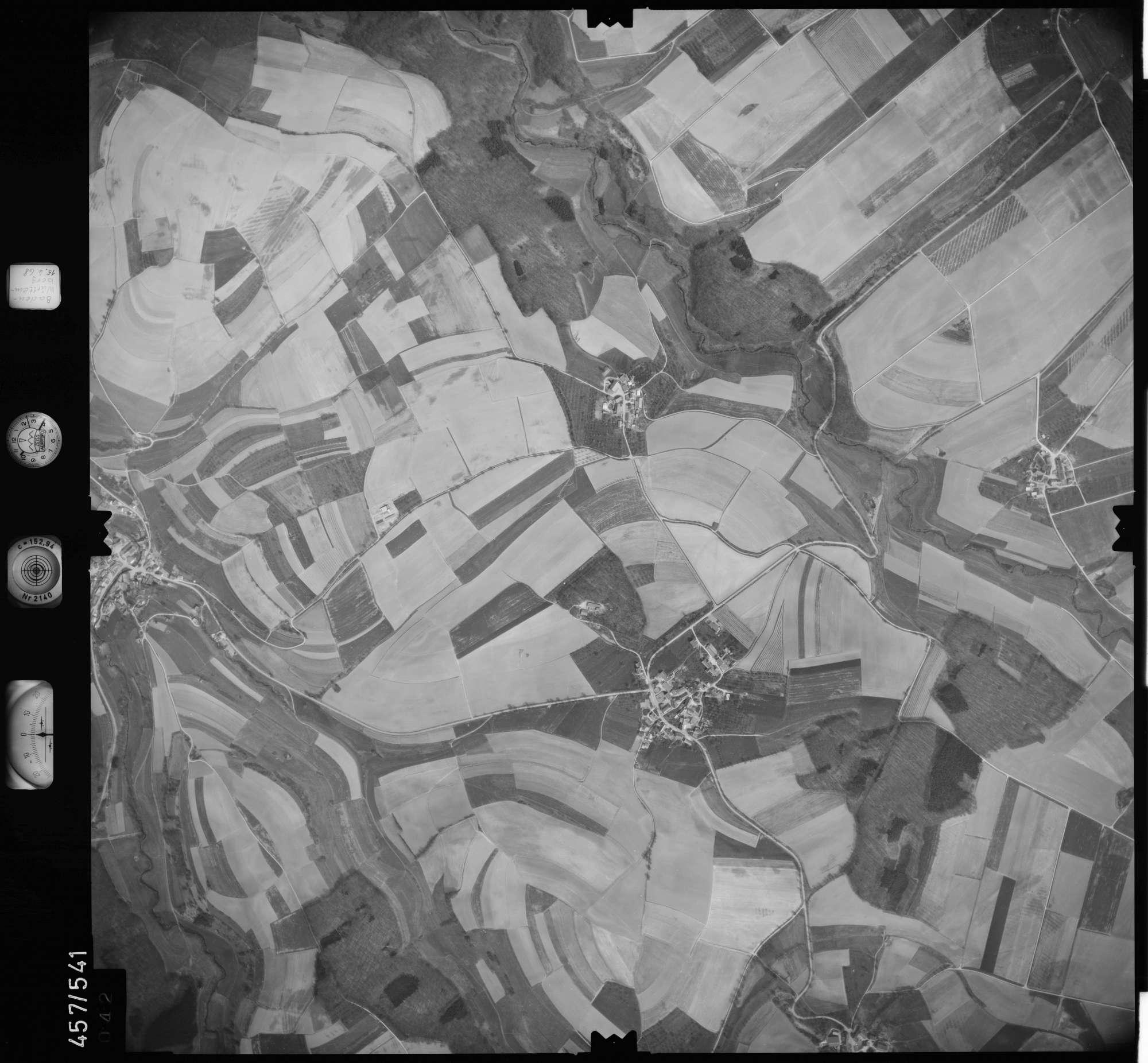 Luftbild: Film 105 Bildnr. 42, Bild 1