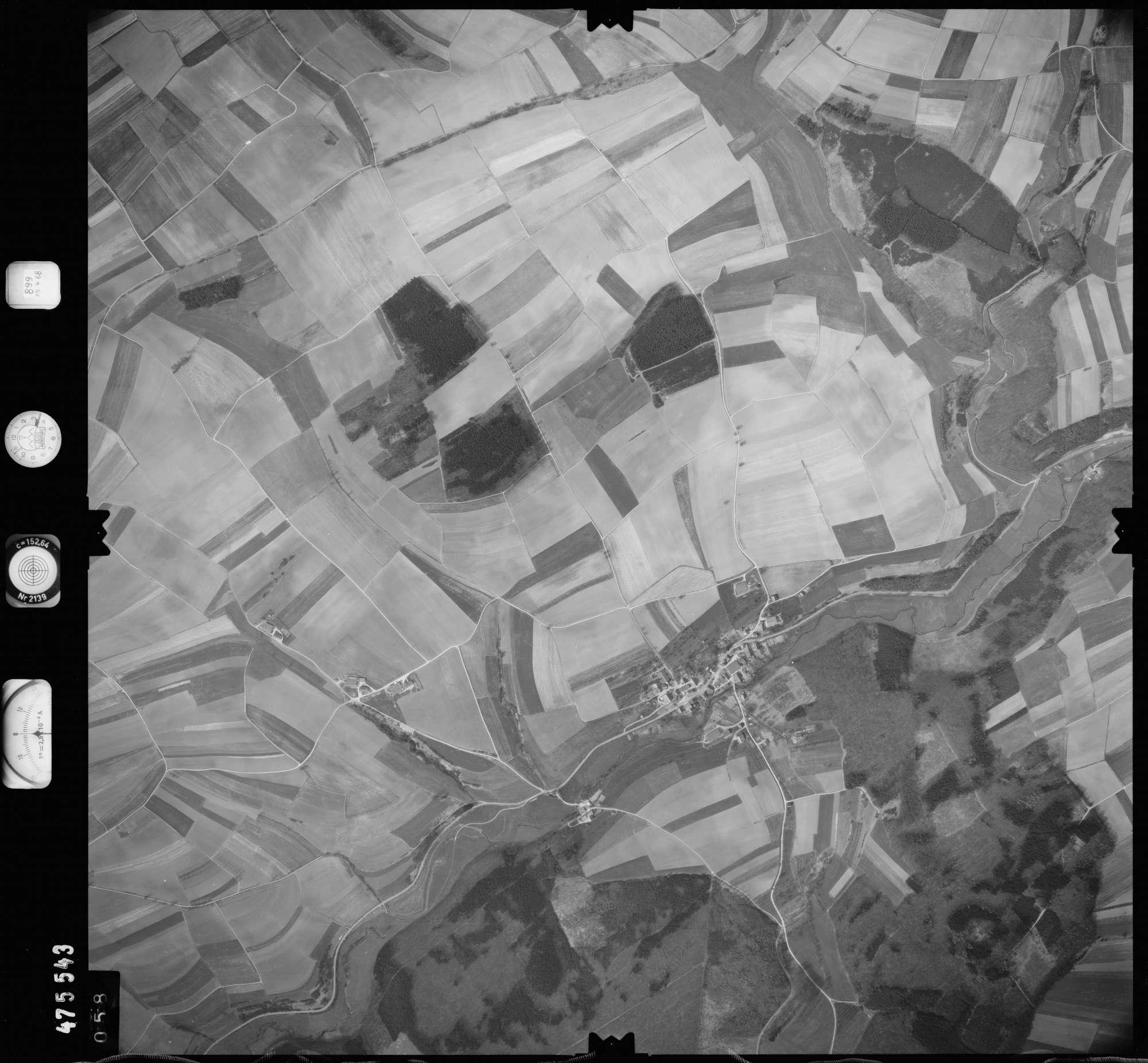 Luftbild: Film 899 Bildnr. 58, Bild 1