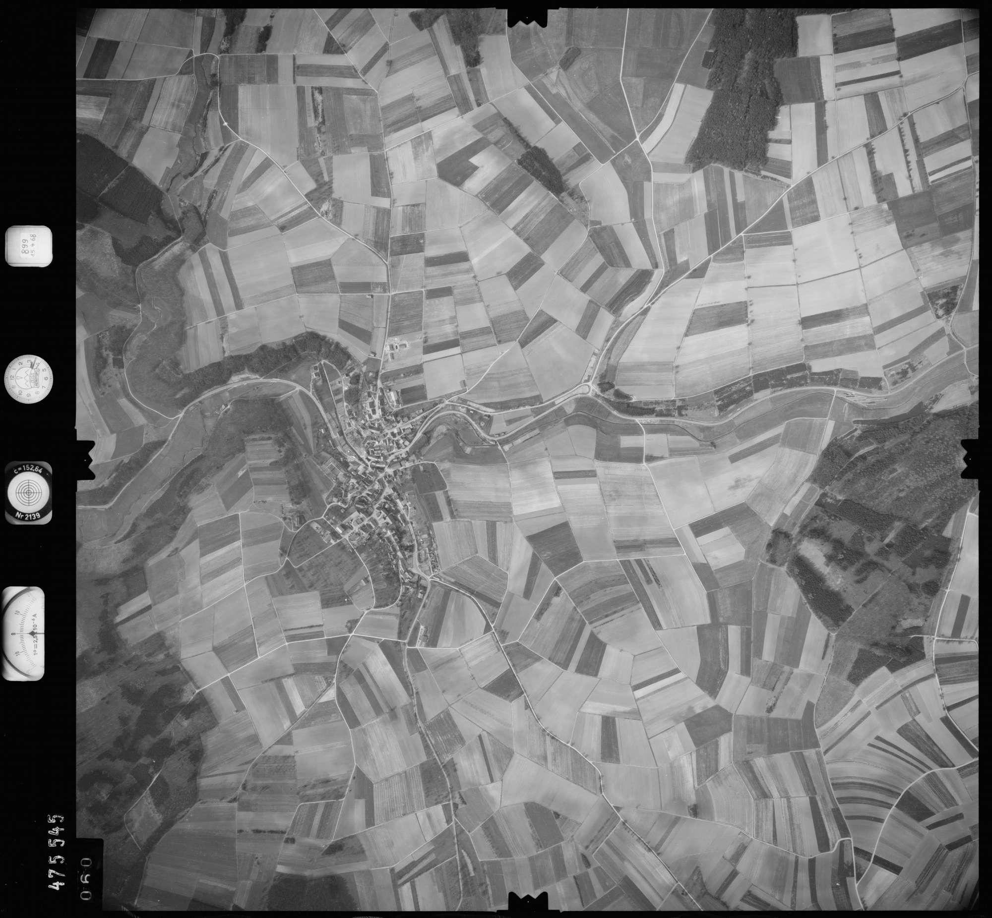 Luftbild: Film 899 Bildnr. 60, Bild 1