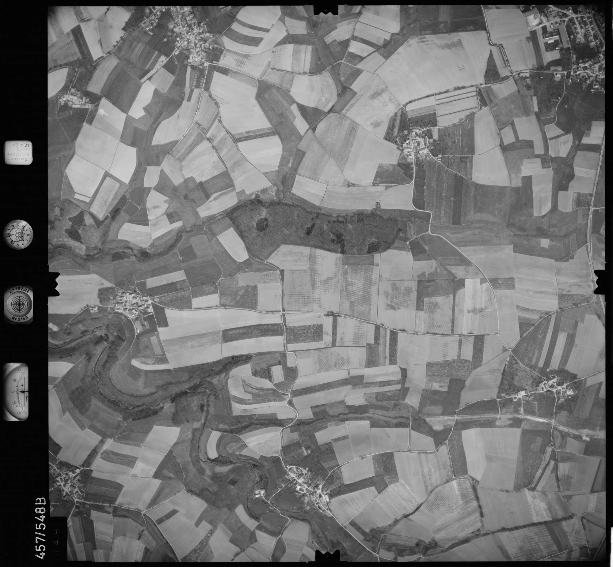 Luftbild: Film 105 Bildnr. 49, Bild 1