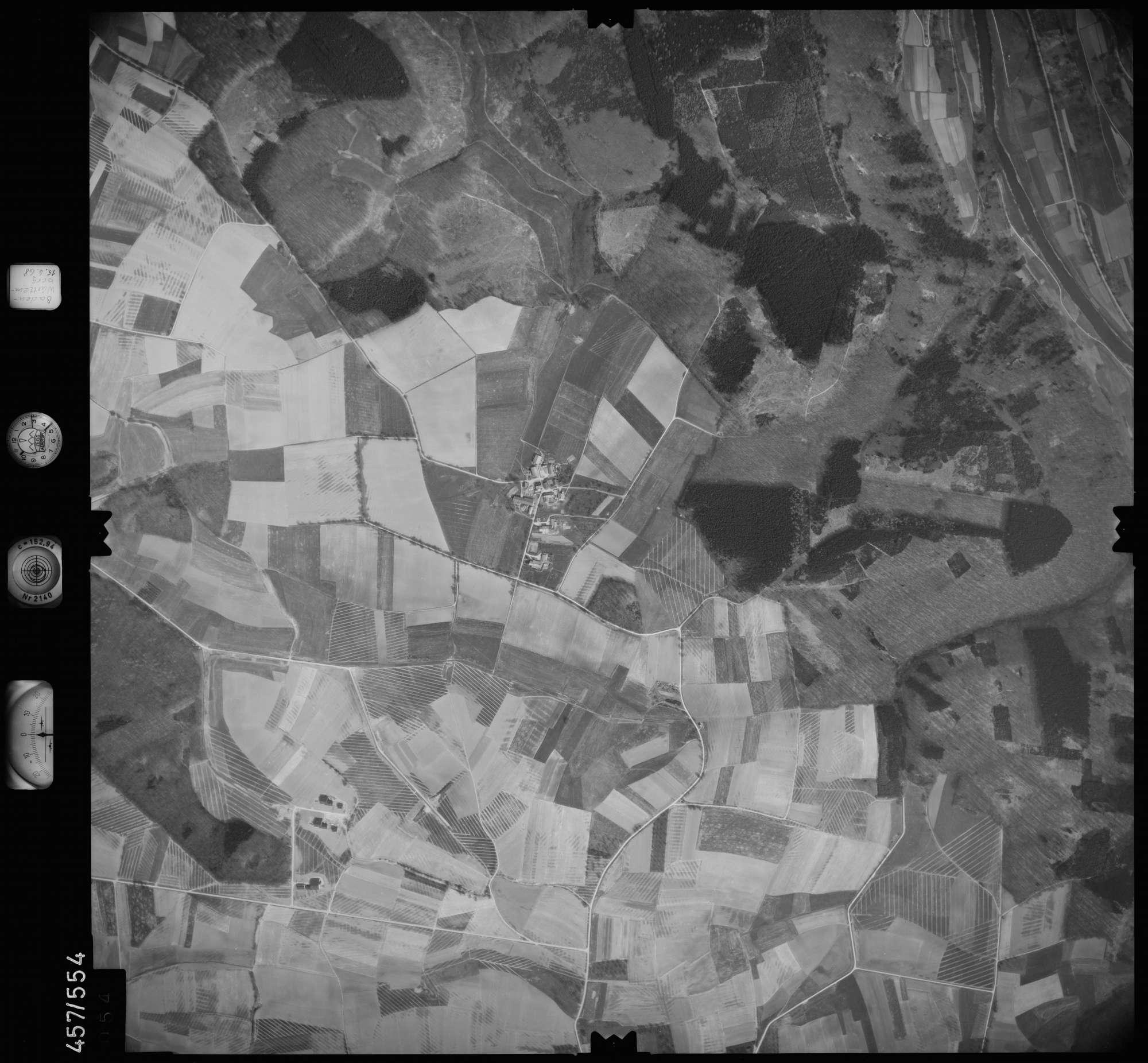 Luftbild: Film 105 Bildnr. 54, Bild 1