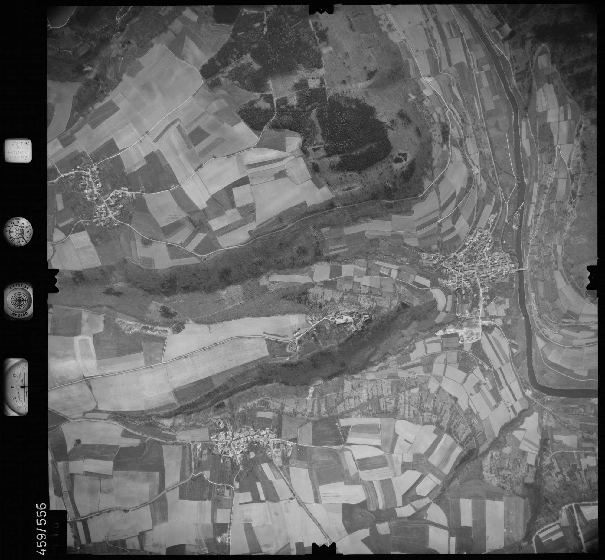 Luftbild: Film 105 Bildnr. 110, Bild 1