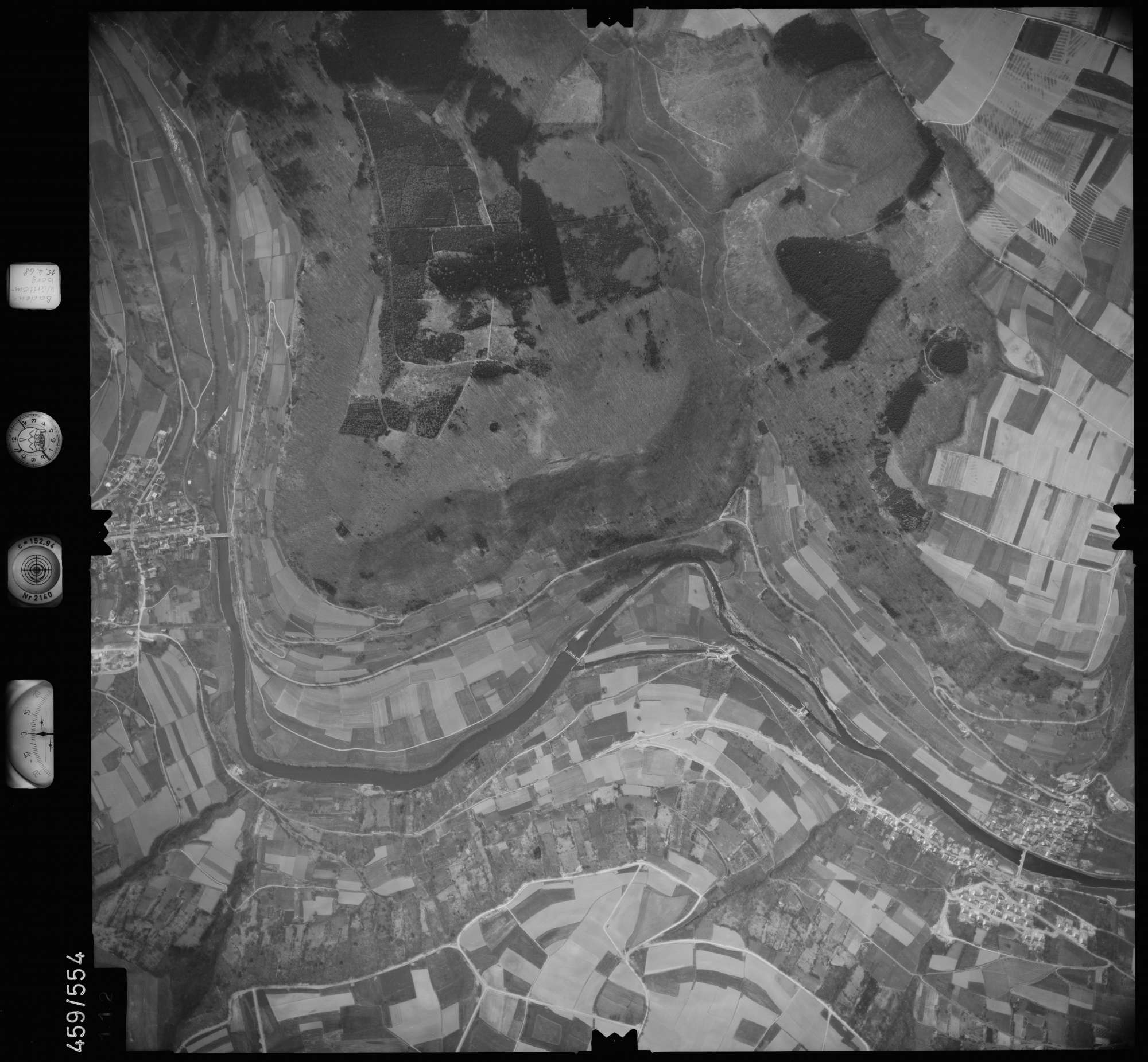 Luftbild: Film 105 Bildnr. 112, Bild 1