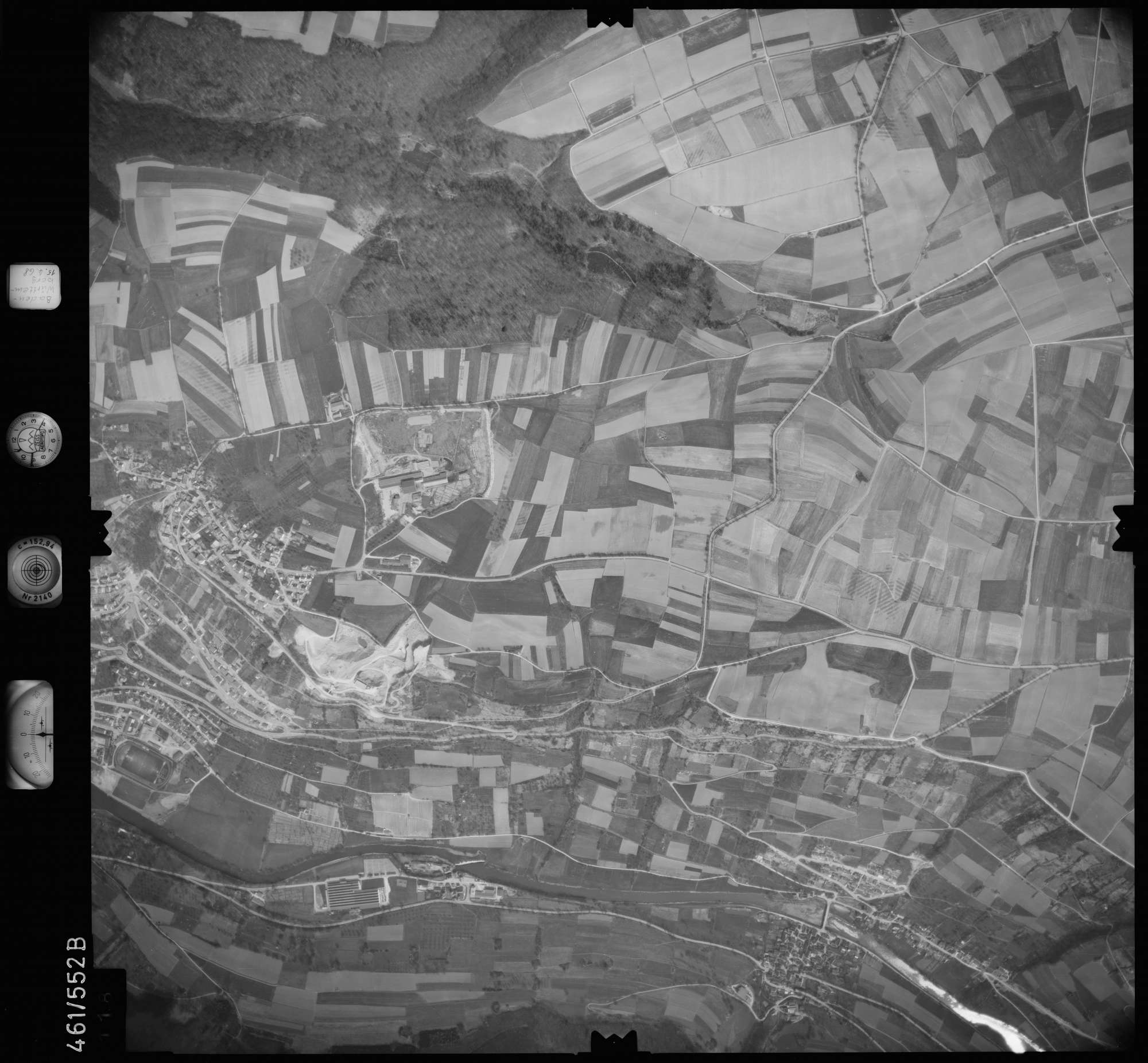 Luftbild: Film 105 Bildnr. 118, Bild 1