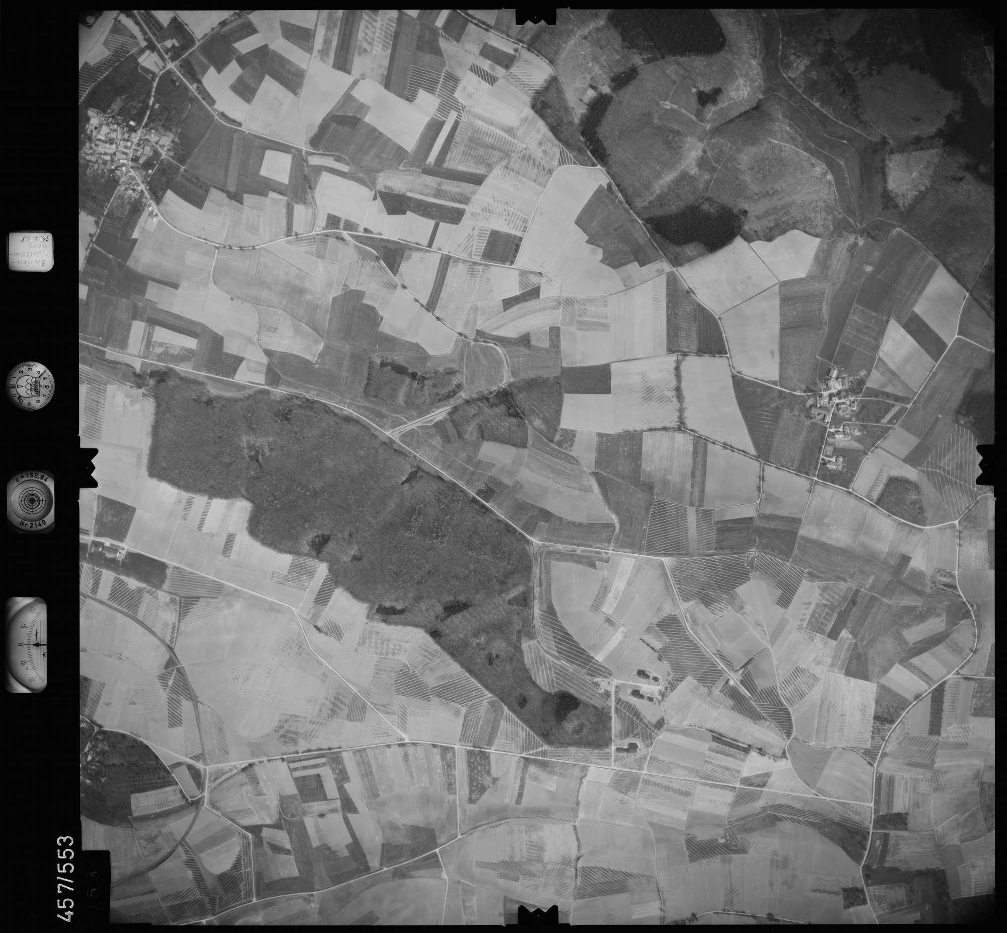 Luftbild: Film 105 Bildnr. 53, Bild 1