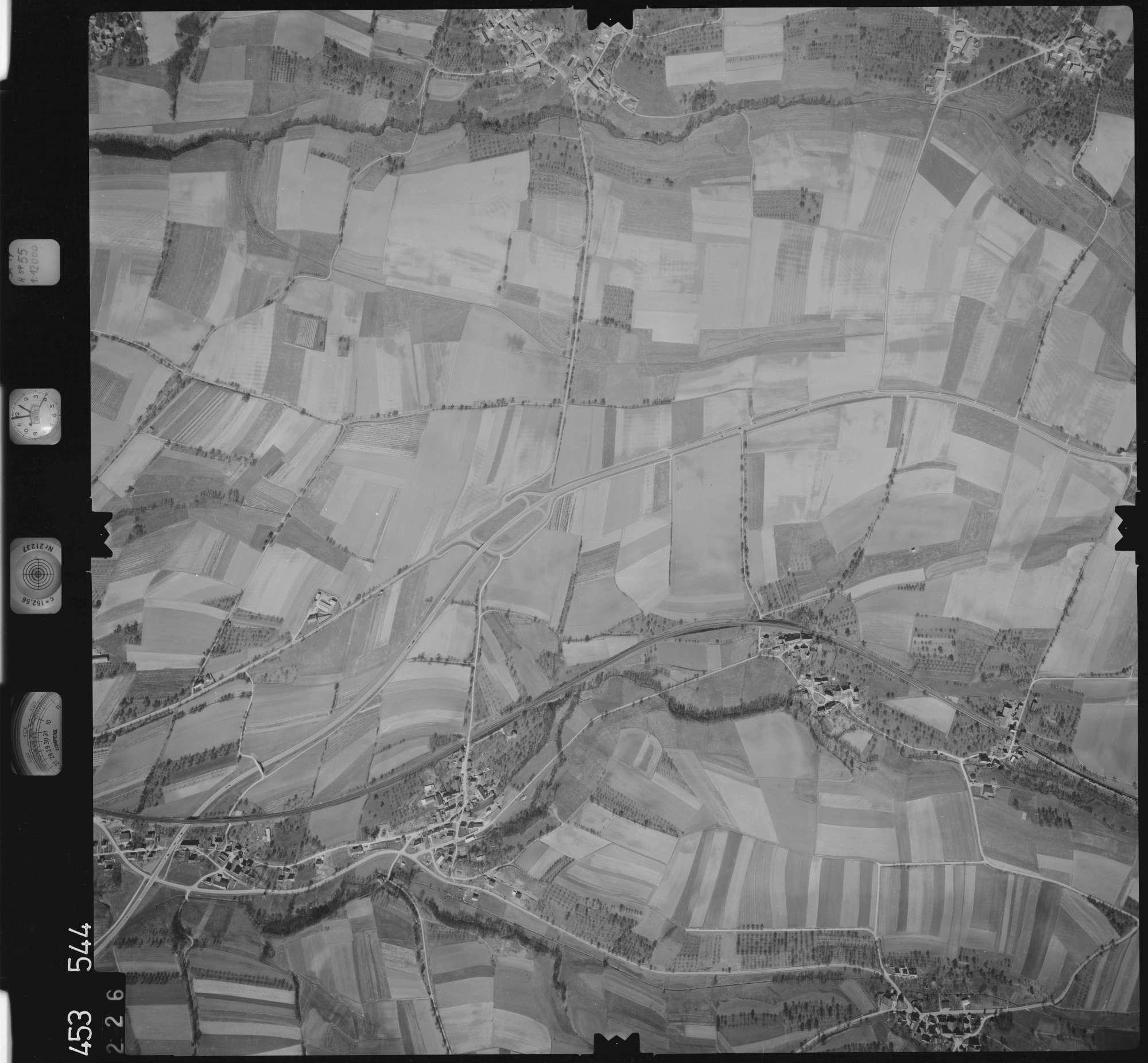 Luftbild: Film 16 Bildnr. 226, Bild 1