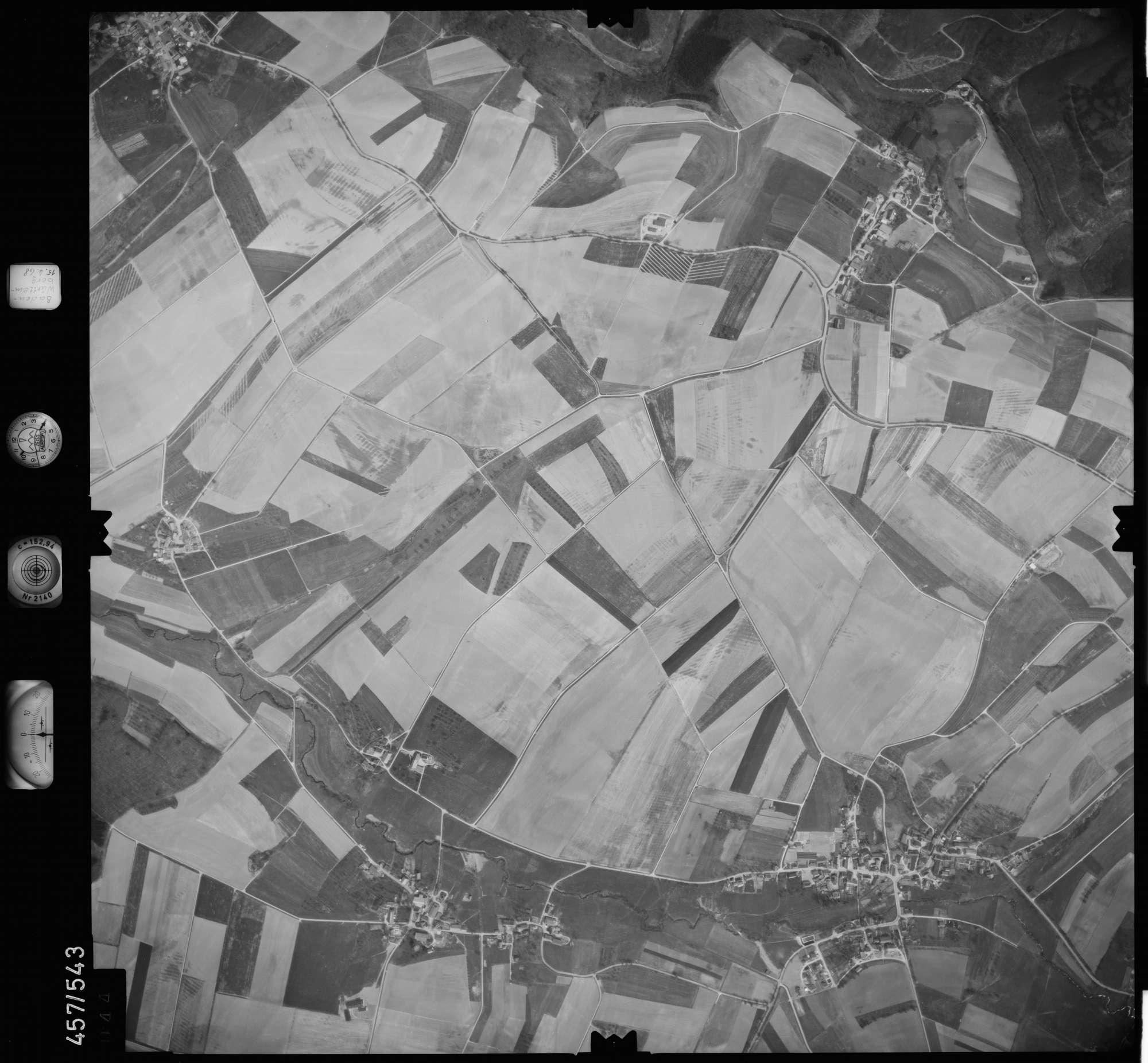 Luftbild: Film 105 Bildnr. 44, Bild 1