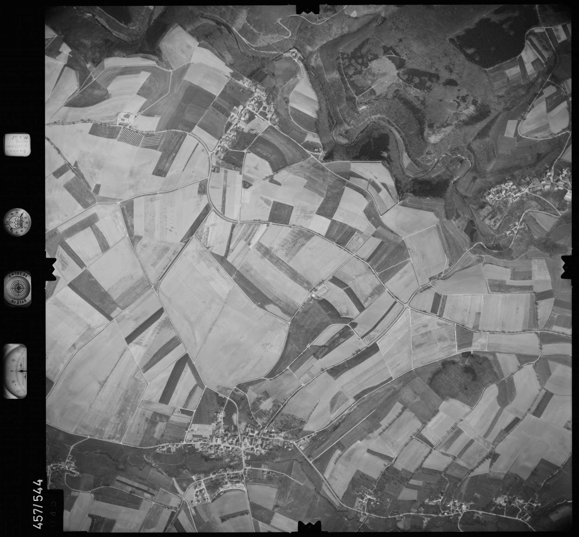 Luftbild: Film 105 Bildnr. 45, Bild 1