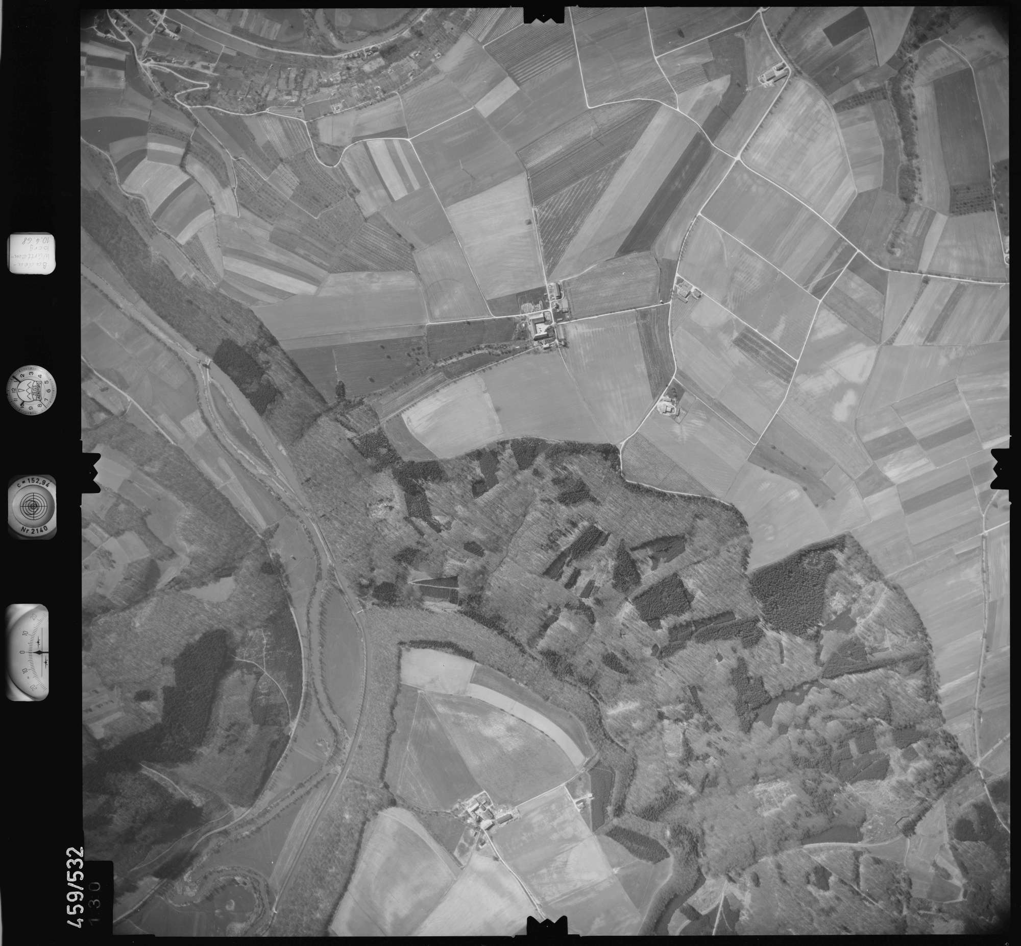 Luftbild: Film 103 Bildnr. 130, Bild 1
