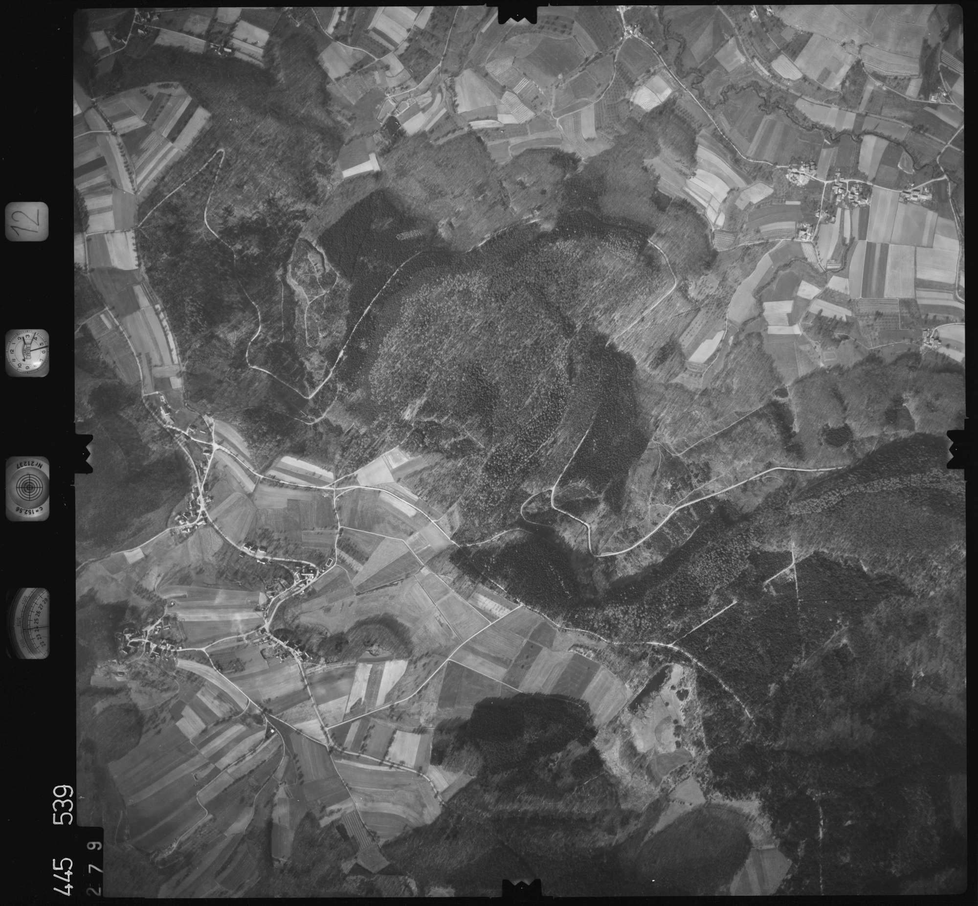 Luftbild: Film 12 Bildnr. 279, Bild 1