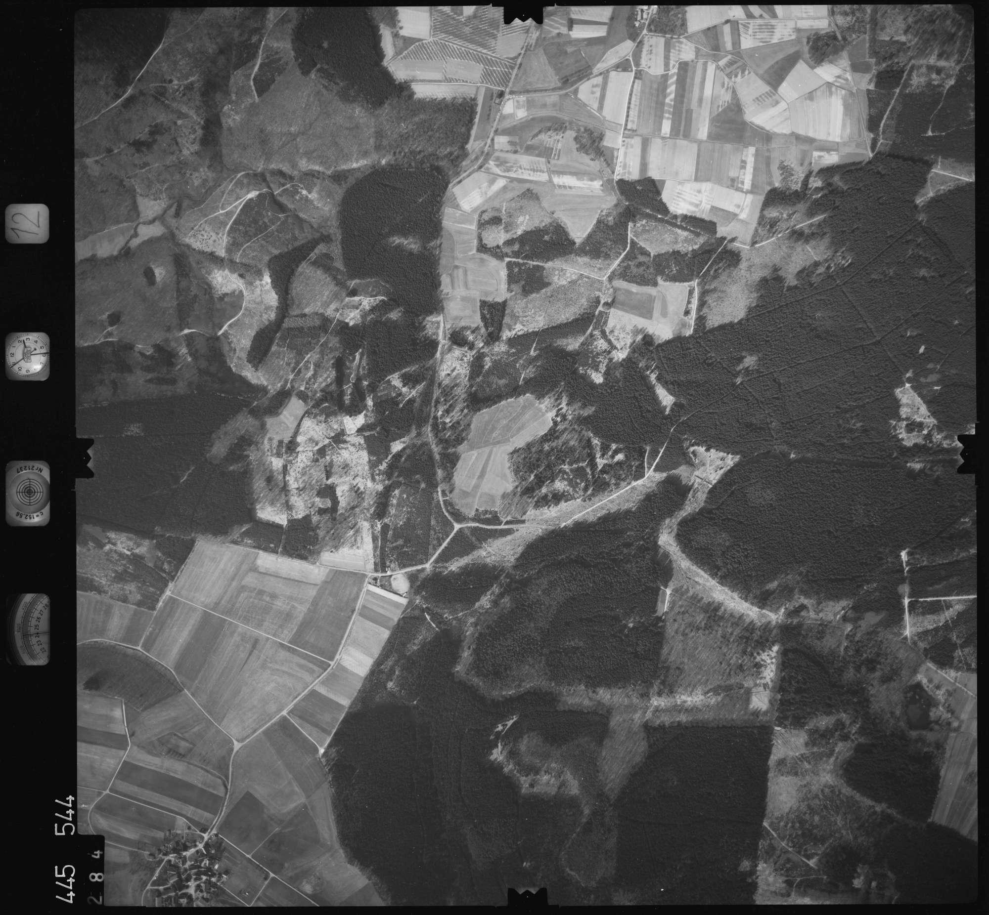 Luftbild: Film 12 Bildnr. 284, Bild 1