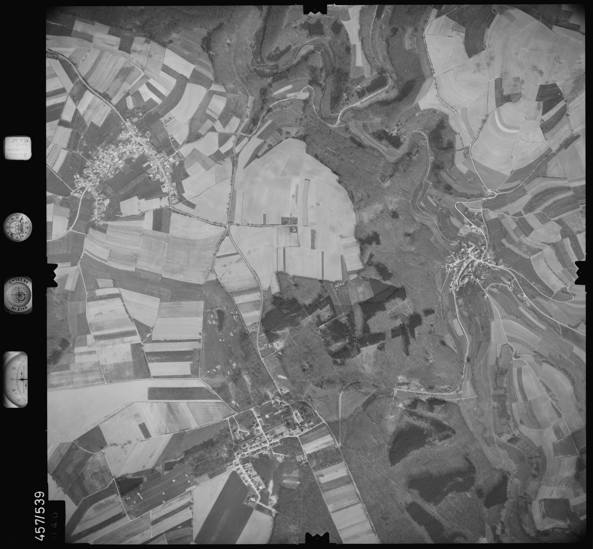Luftbild: Film 105 Bildnr. 40, Bild 1