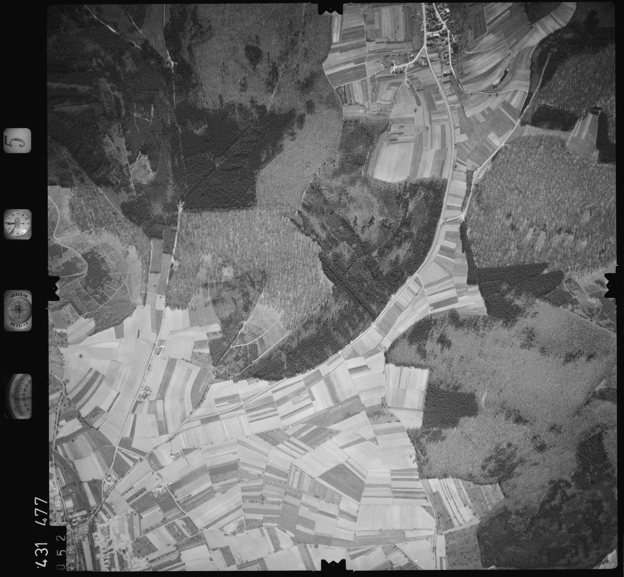 Luftbild: Film 5 Bildnr. 52, Bild 1