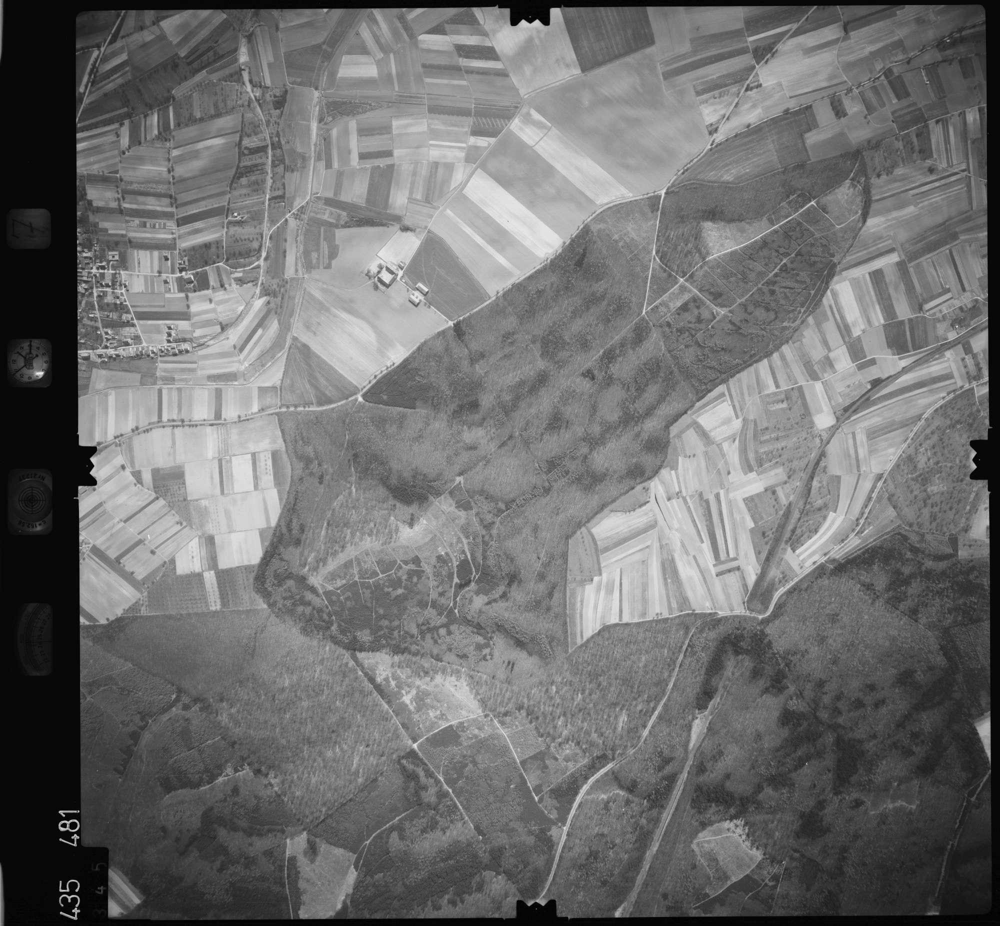 Luftbild: Film 7 Bildnr. 345, Bild 1