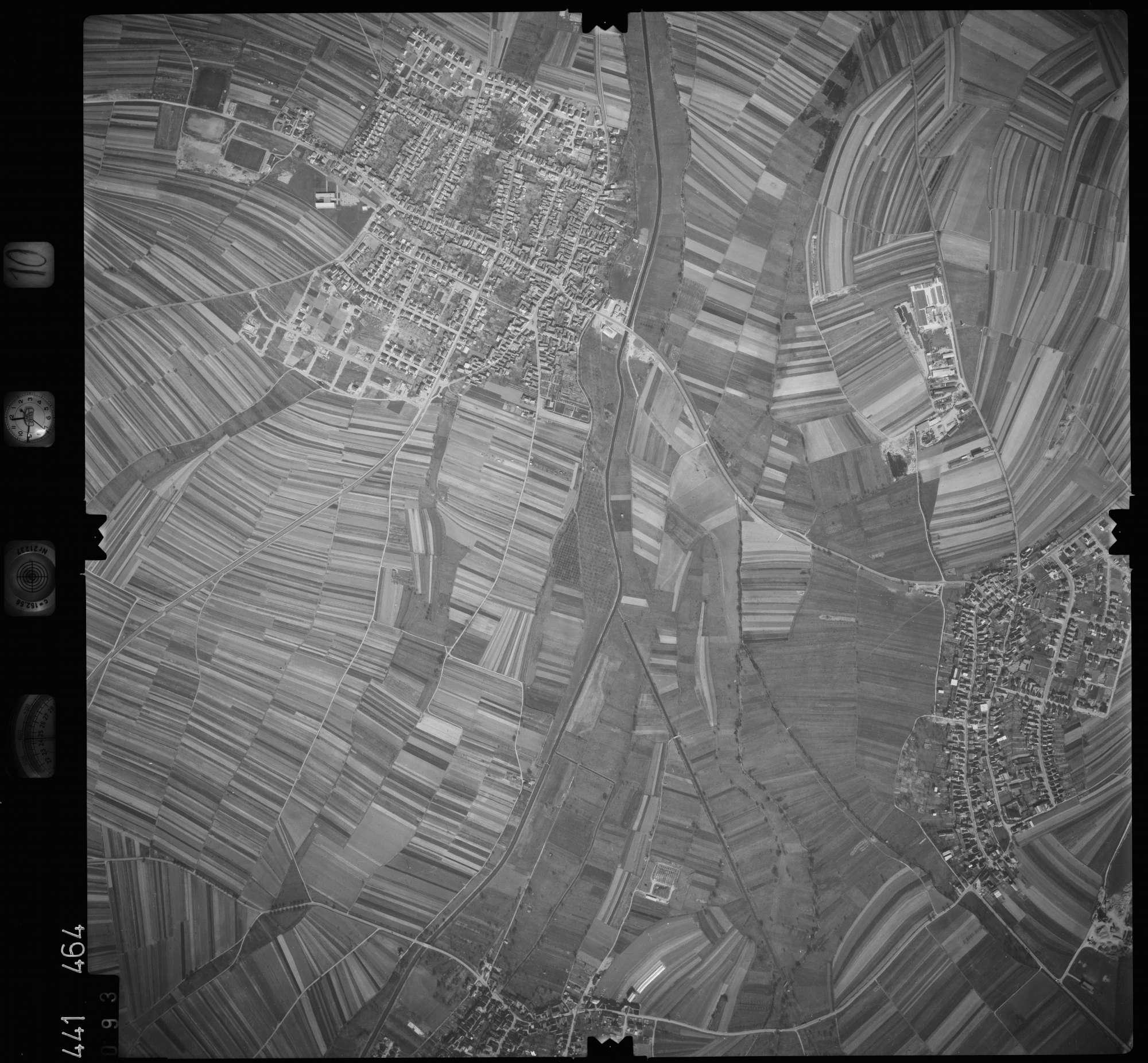 Luftbild: Film 10 Bildnr. 93, Bild 1