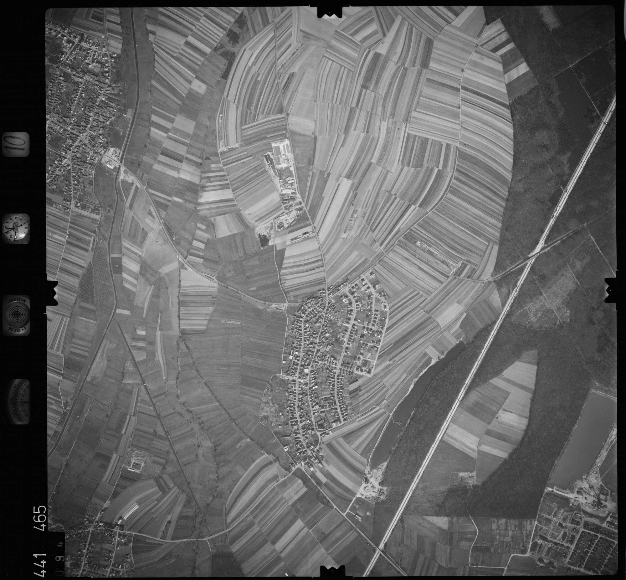 Luftbild: Film 10 Bildnr. 94, Bild 1